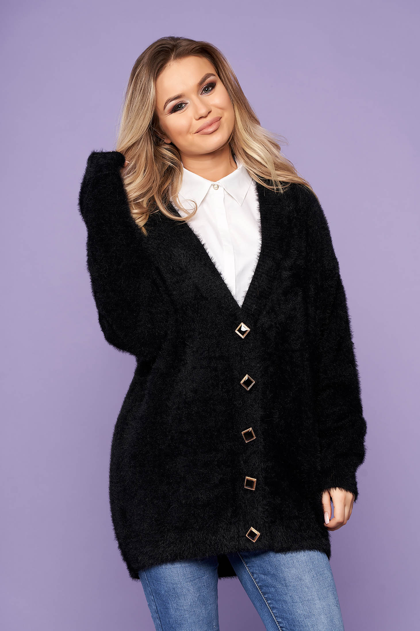 Black cardigan elegant with v-neckline long sleeved with buttons