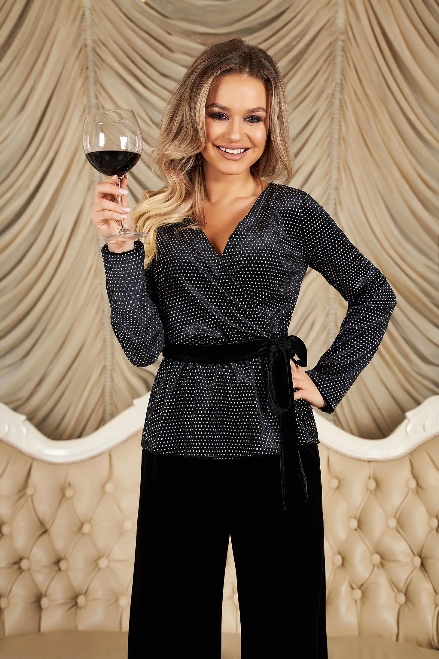Bluza dama StarShinerS neagra de ocazie cu decolteu petrecut cu maneci lungi si cordon cu fundita in talie