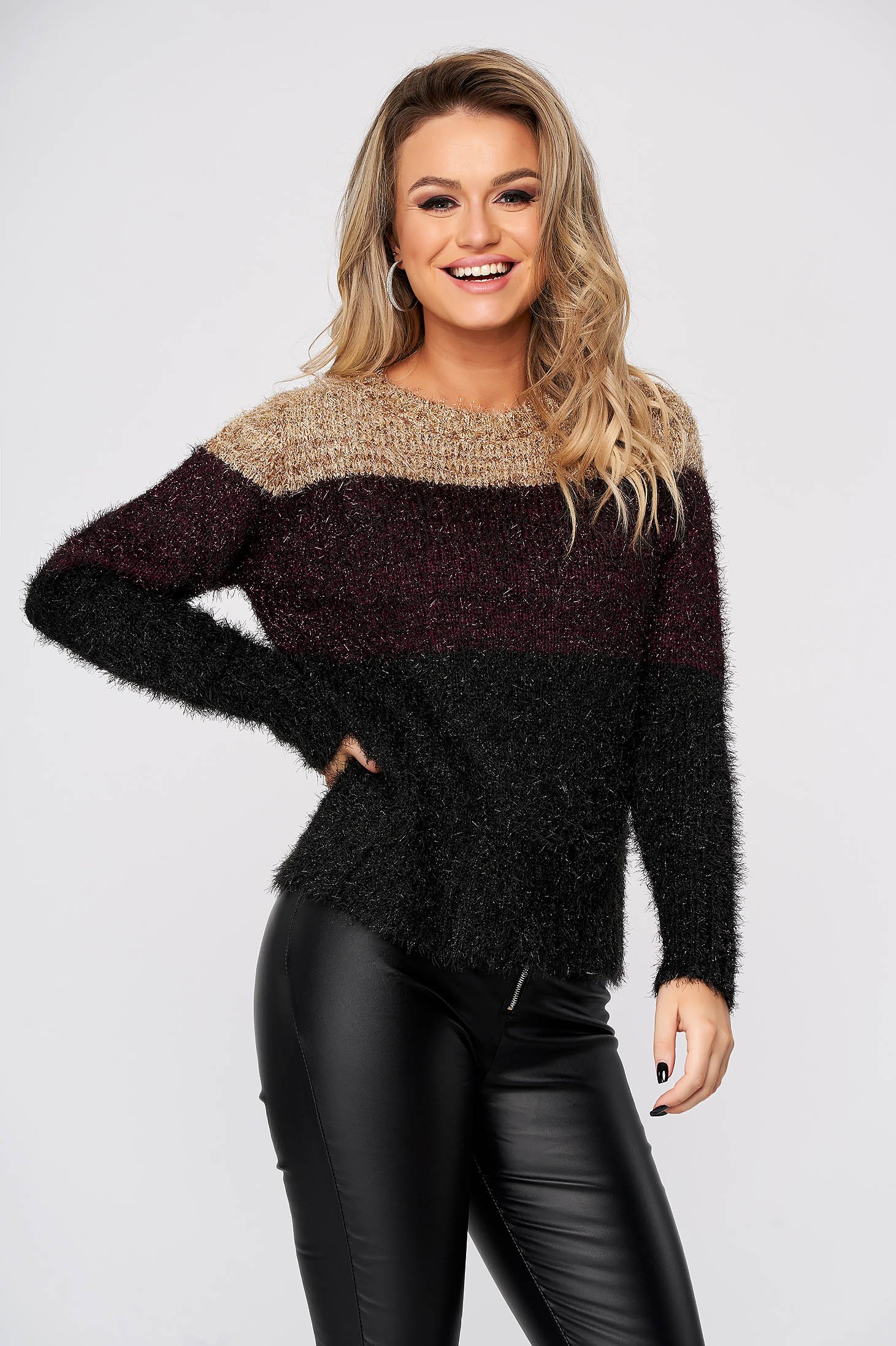 Black sweater casual flared knitted from fluffy fabric