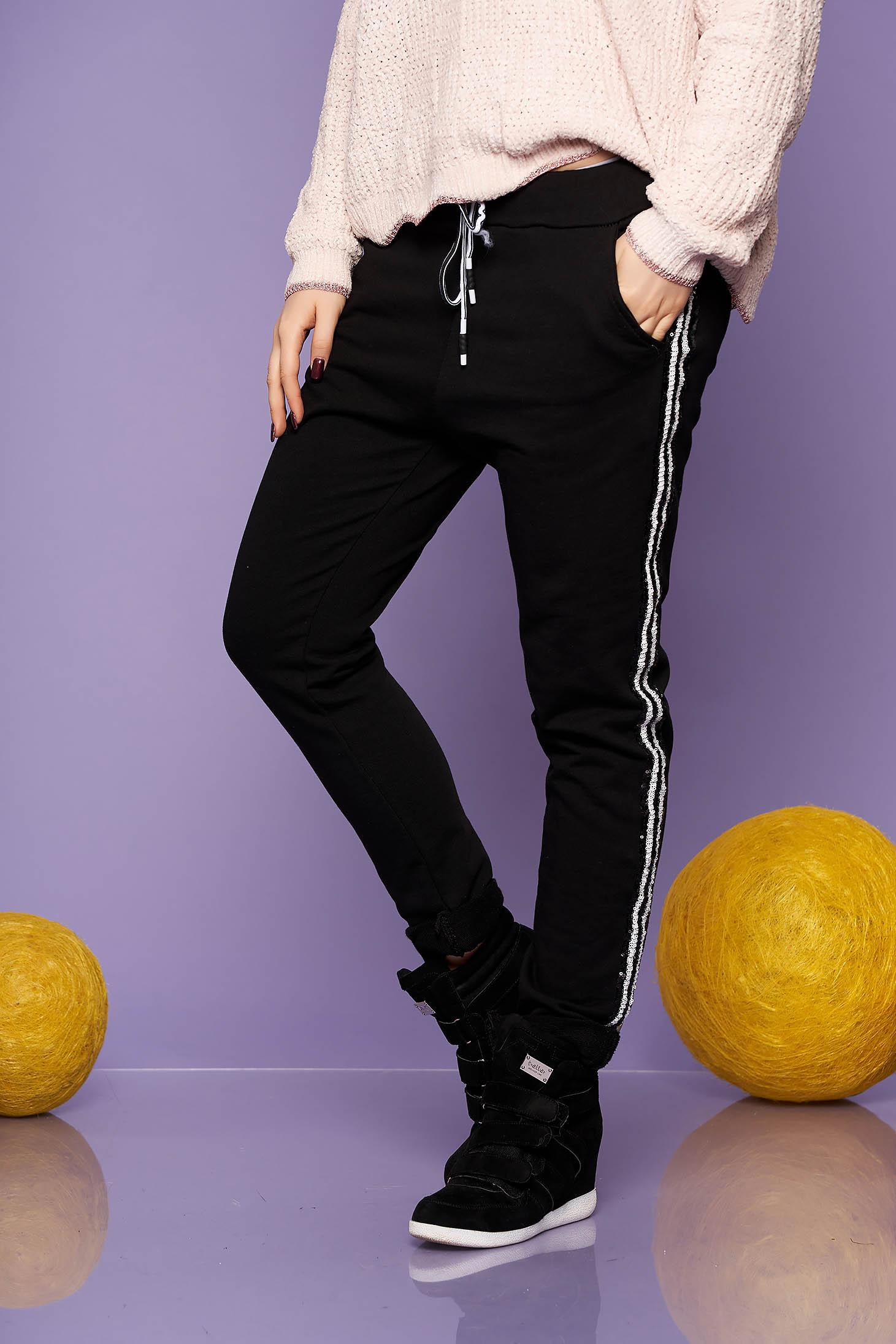 Pantaloni SunShine negri casual din bumbac cu un croi drept cu buzunare cu elastic in talie