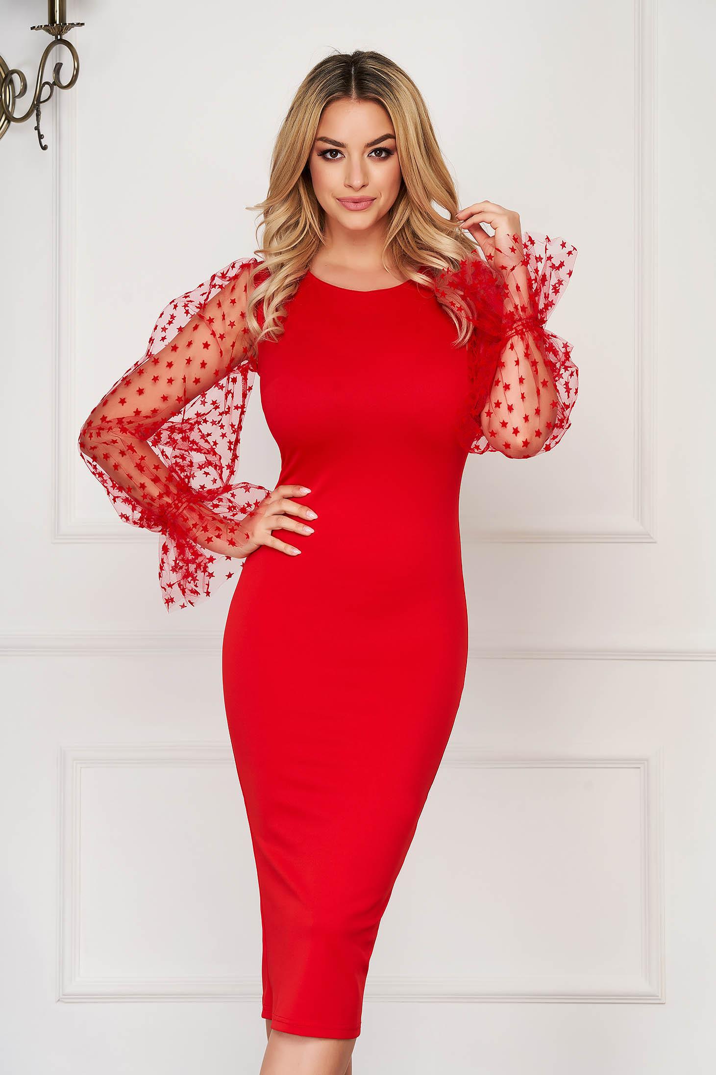 Rochie rosie de ocazie midi tip creion din material usor elastic cu decolteu rotunjit cu maneci lungi transparente