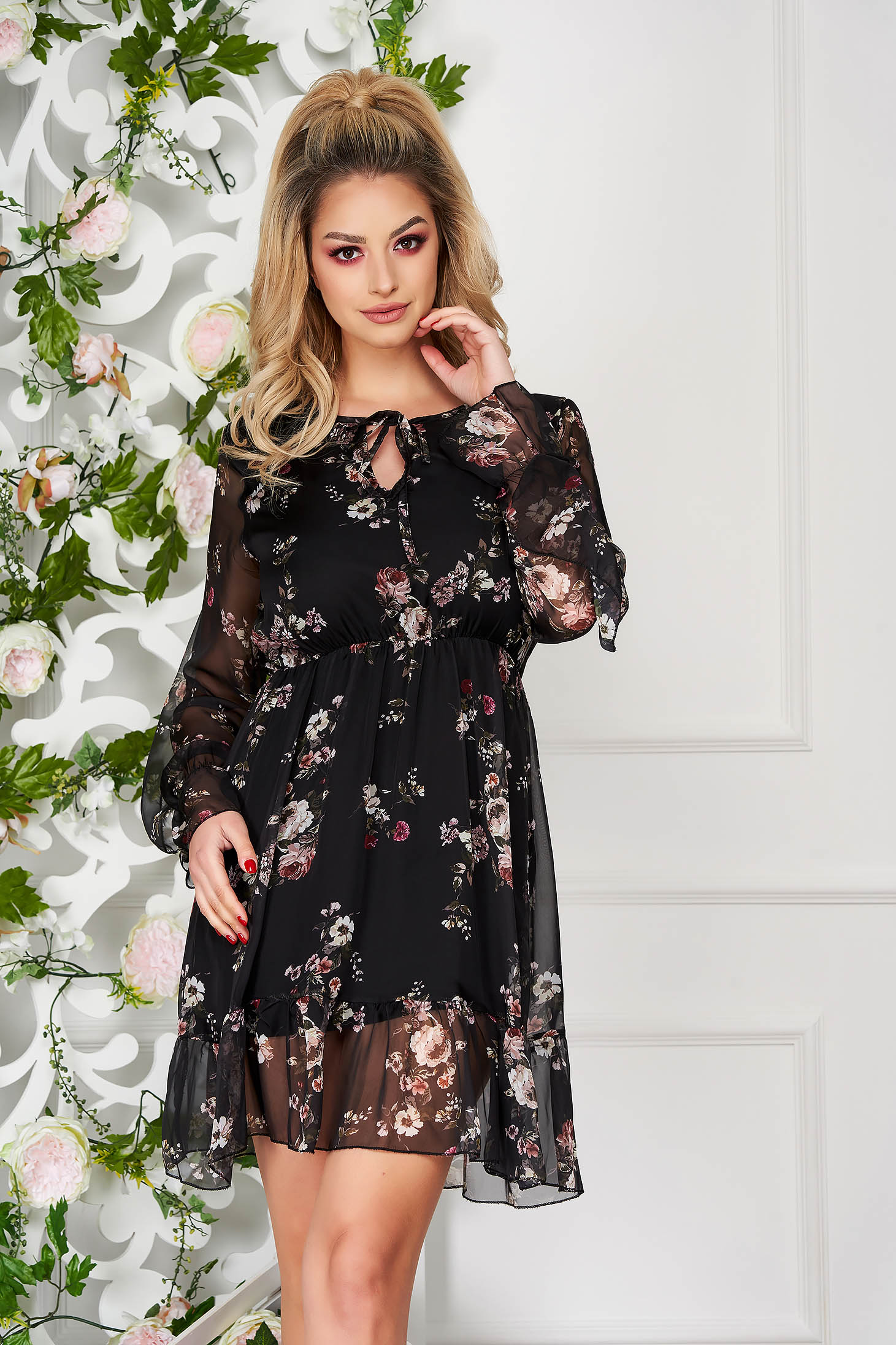 Black dress with elastic waist with ruffled sleeves daily short cut from veil fabric