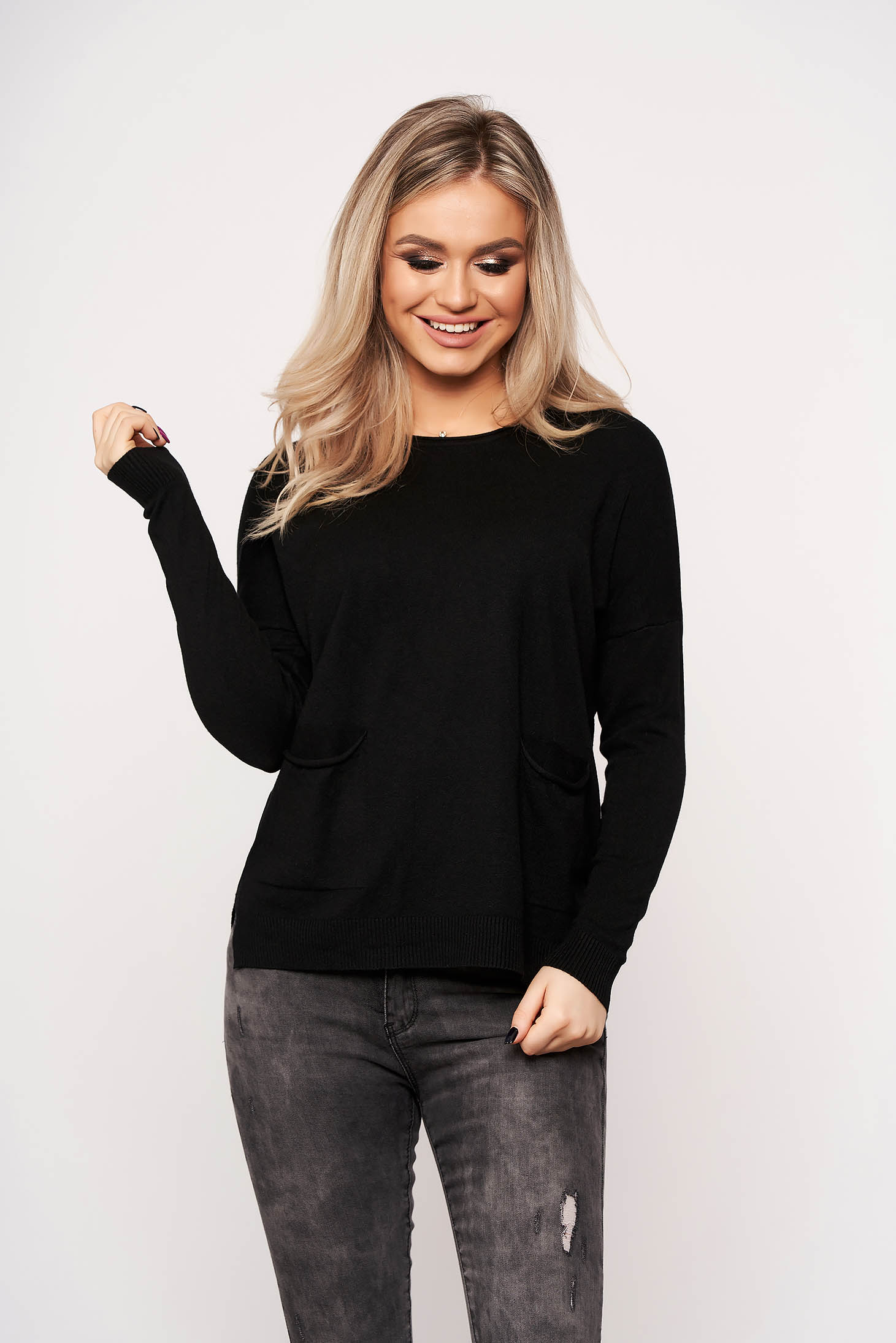 Black women`s blouse with pockets with round collar casual thin fabric