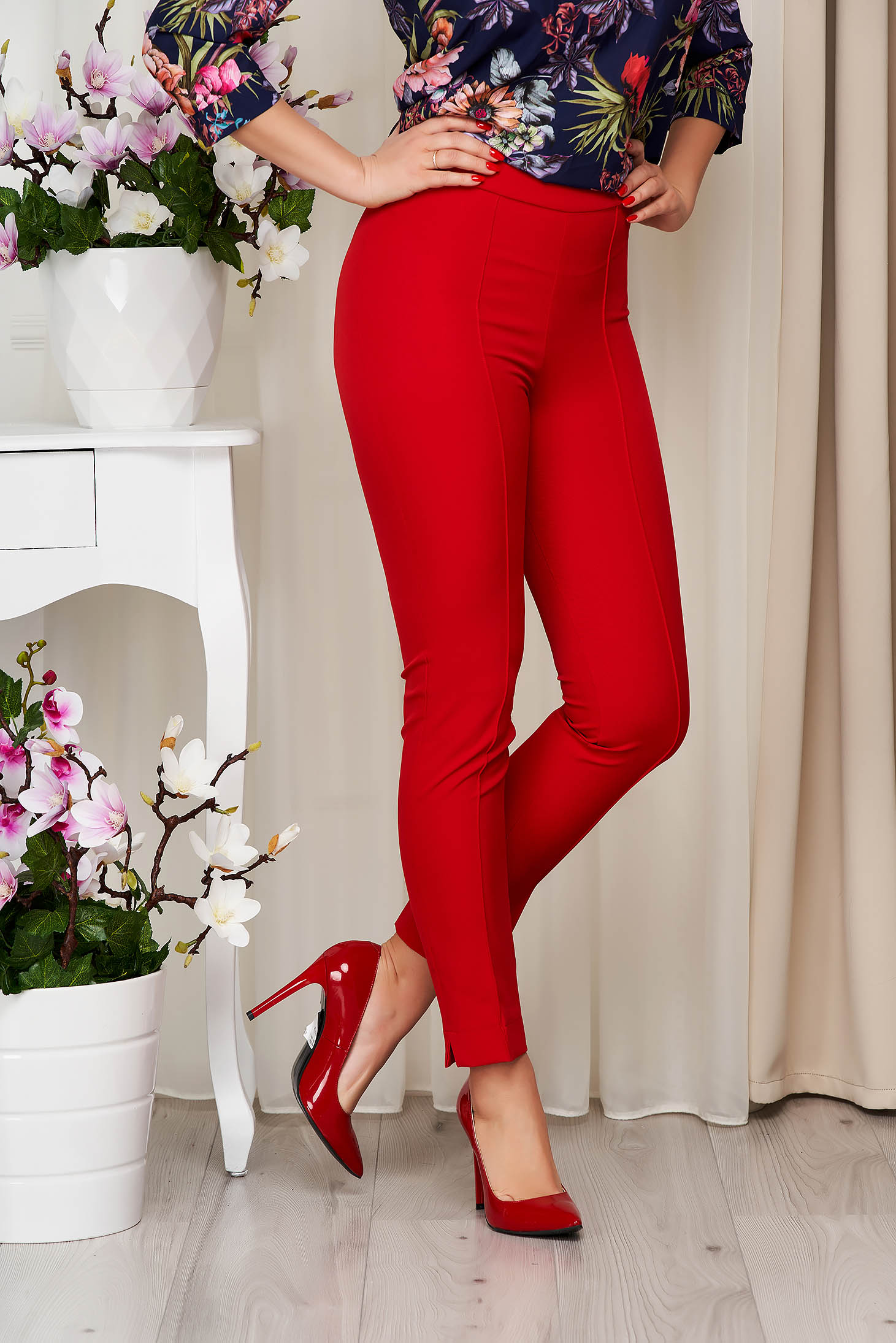 StarShinerS red trousers office high waisted slightly elastic fabric with pockets conical