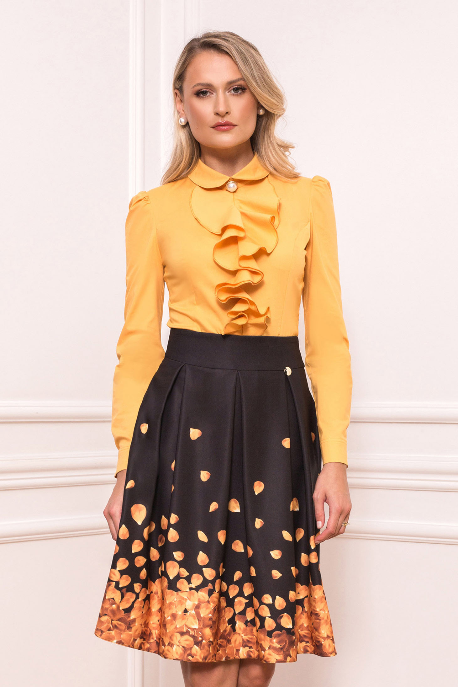 Yellow skirt cloche elegant with floral print with pockets