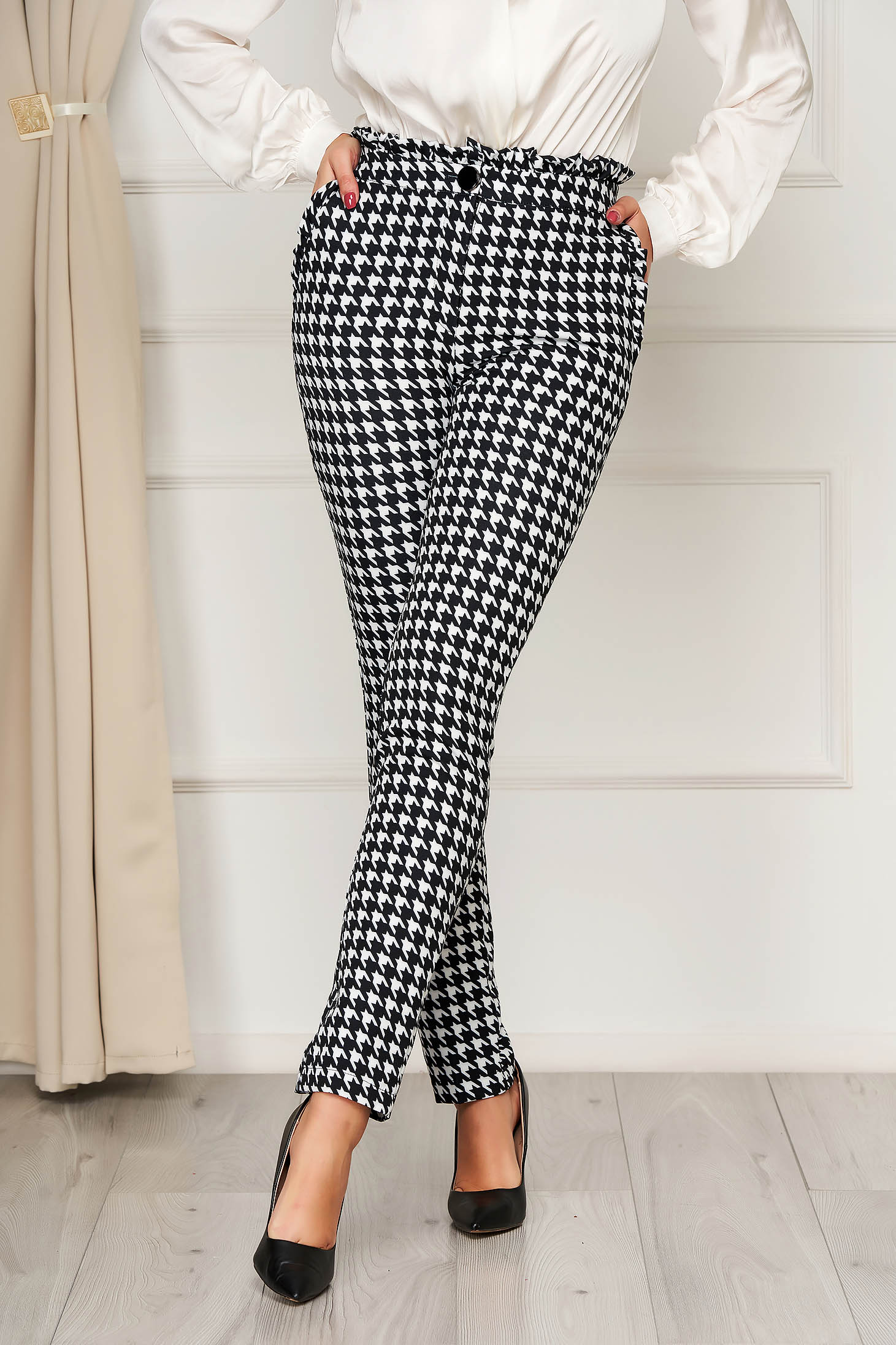Black trousers office with pockets high waisted dogtooth
