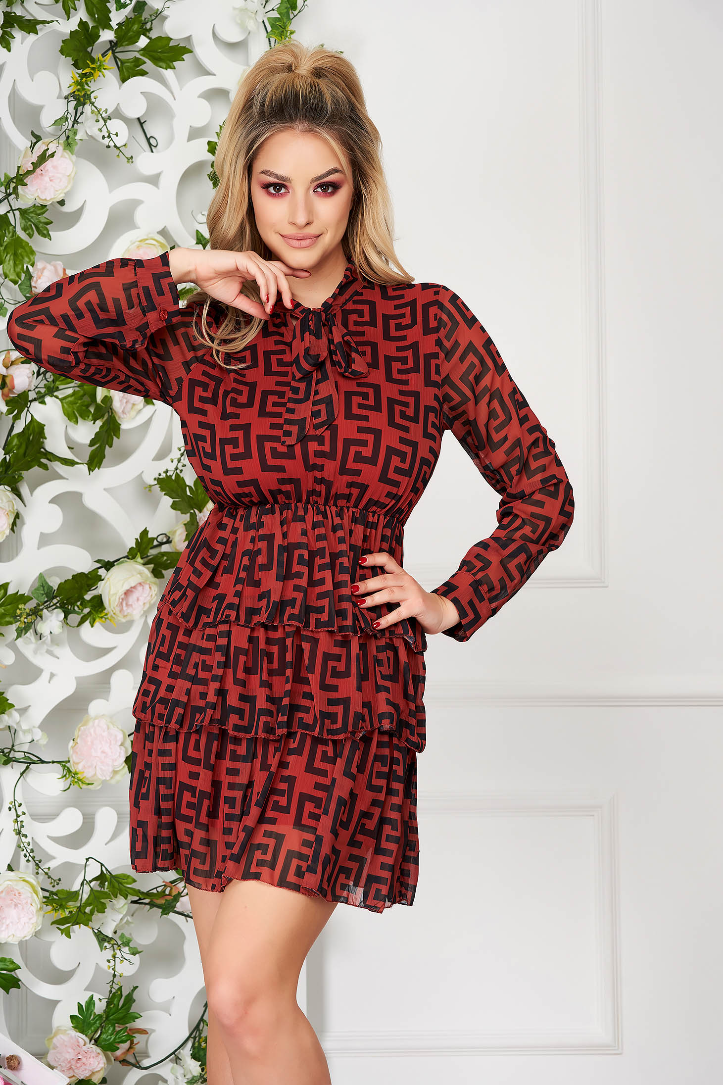 Bricky dress daily short cut cloche airy fabric long sleeved