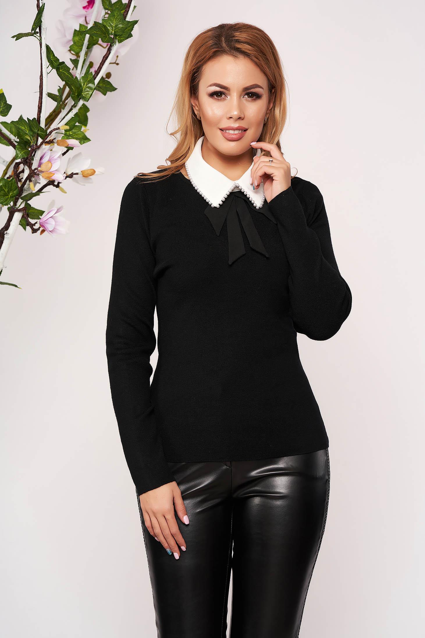 Bluza dama SunShine neagra eleganta tricotata scurta cu un croi cambrat si guler detasabil