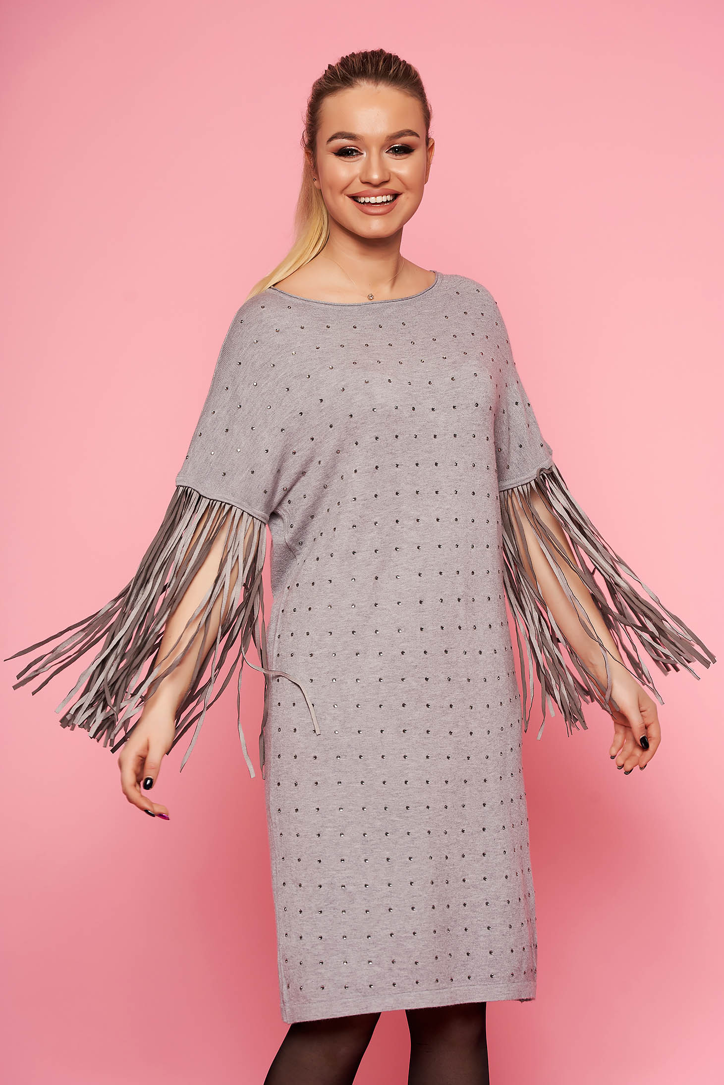 Grey dress elegant flared with fringes without clothing with 3/4 sleeves knitted with crystal embellished details