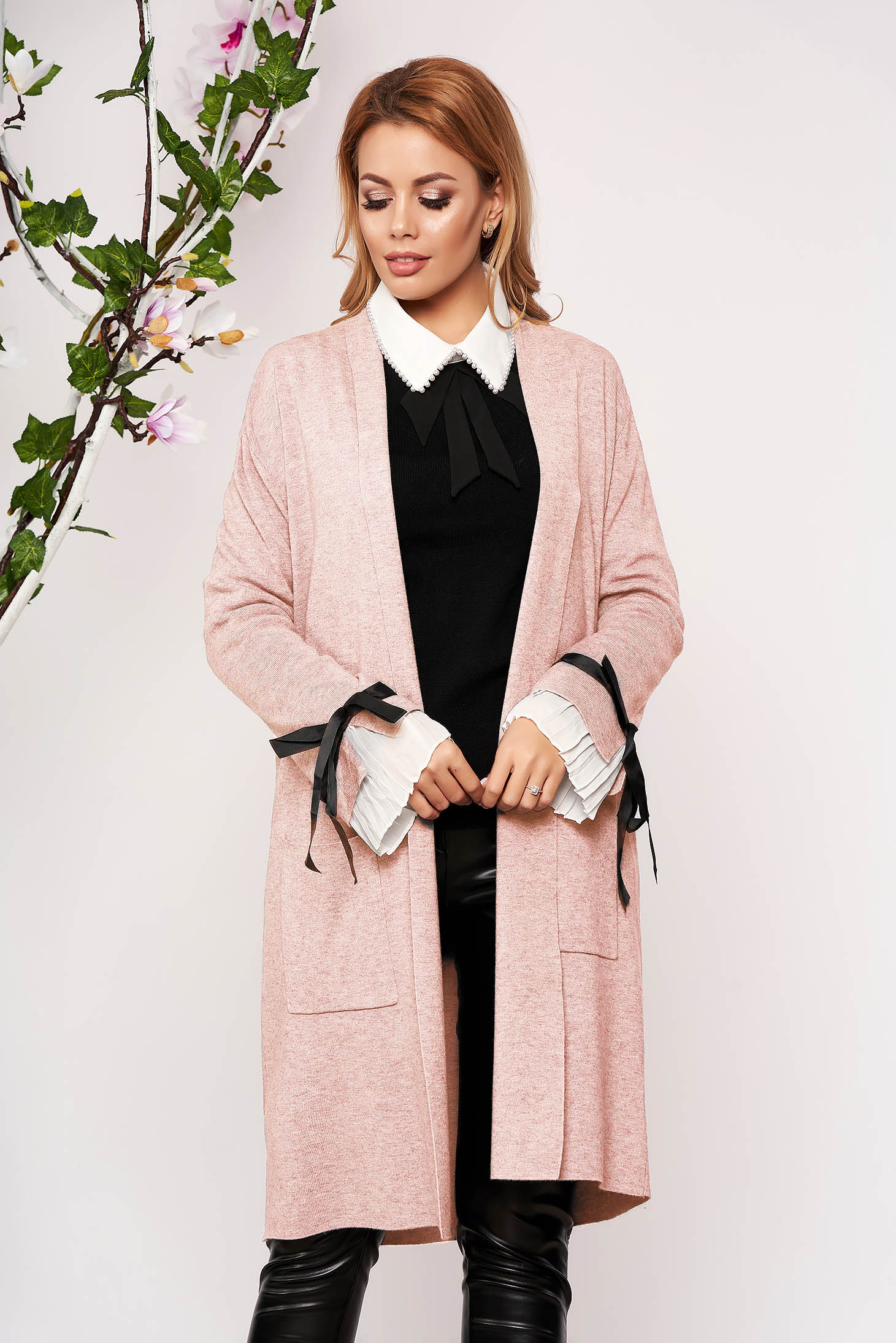 Lightpink cardigan elegant long knitted with bow accessories with front pockets
