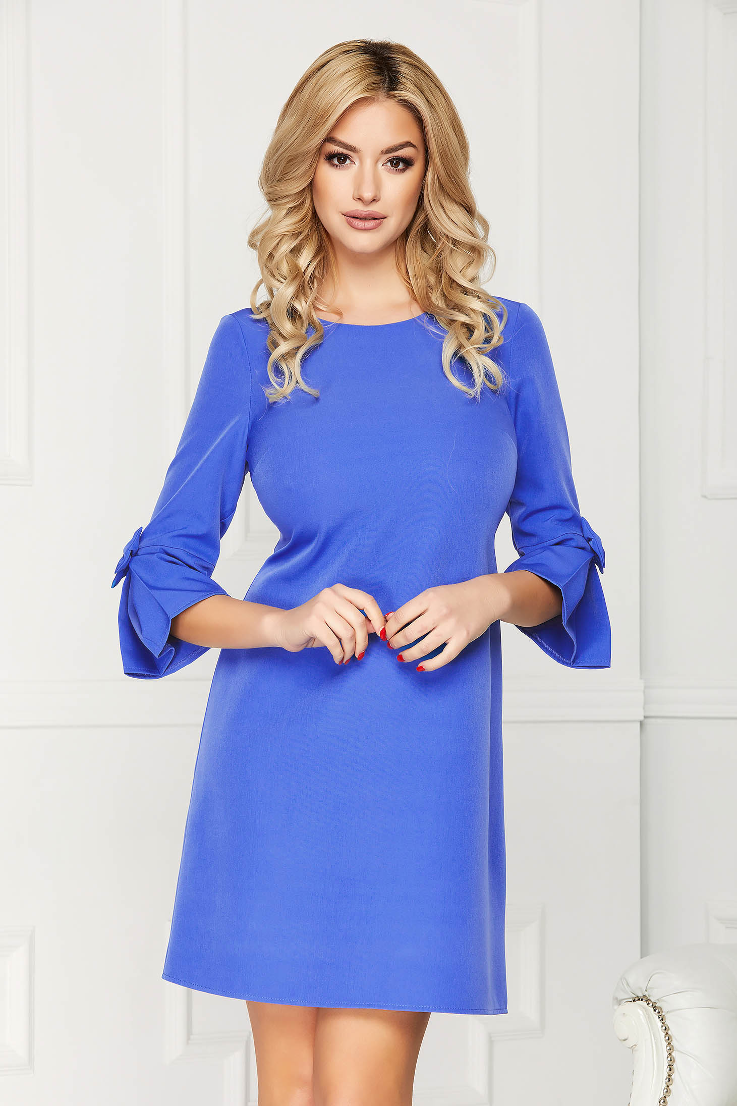 Blue elegant dress straight short cut cloth fabric with 3/4 sleeves