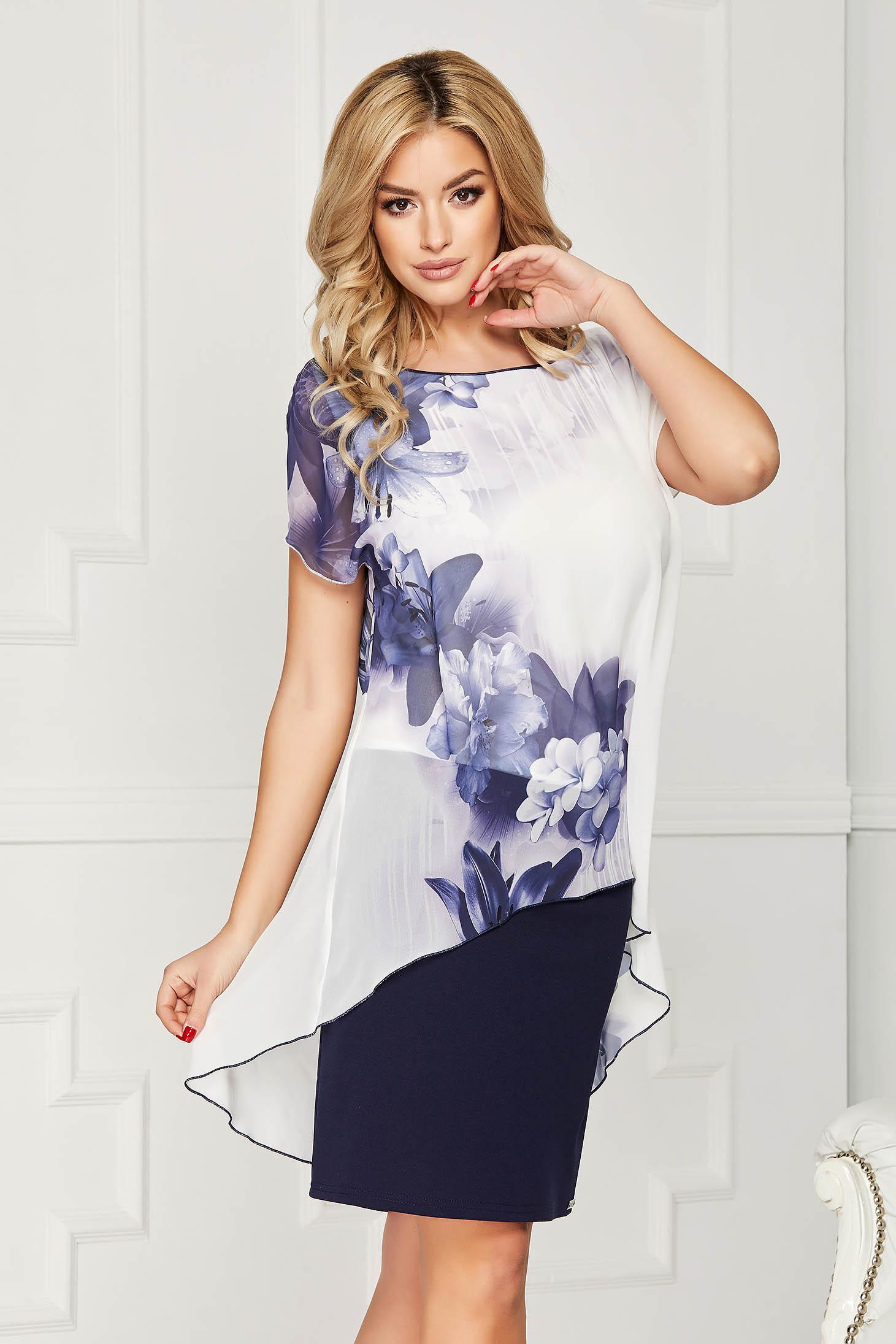 Rochie alba eleganta cu un croi drept midi cu suprapunere cu material tip voal si cu imprimeu floral