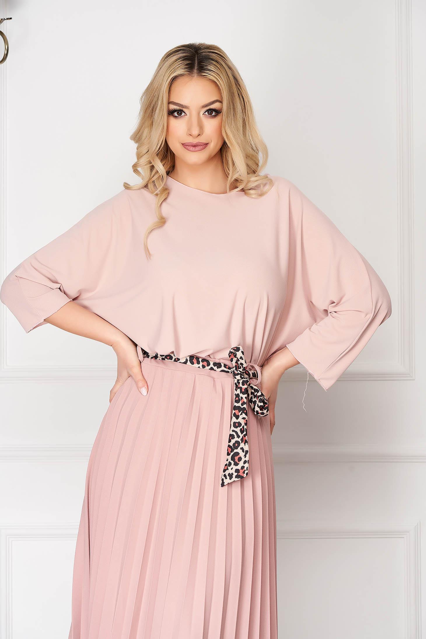 Bluza dama SunShine roz prafuit casual scurta asimetrica cu croi larg