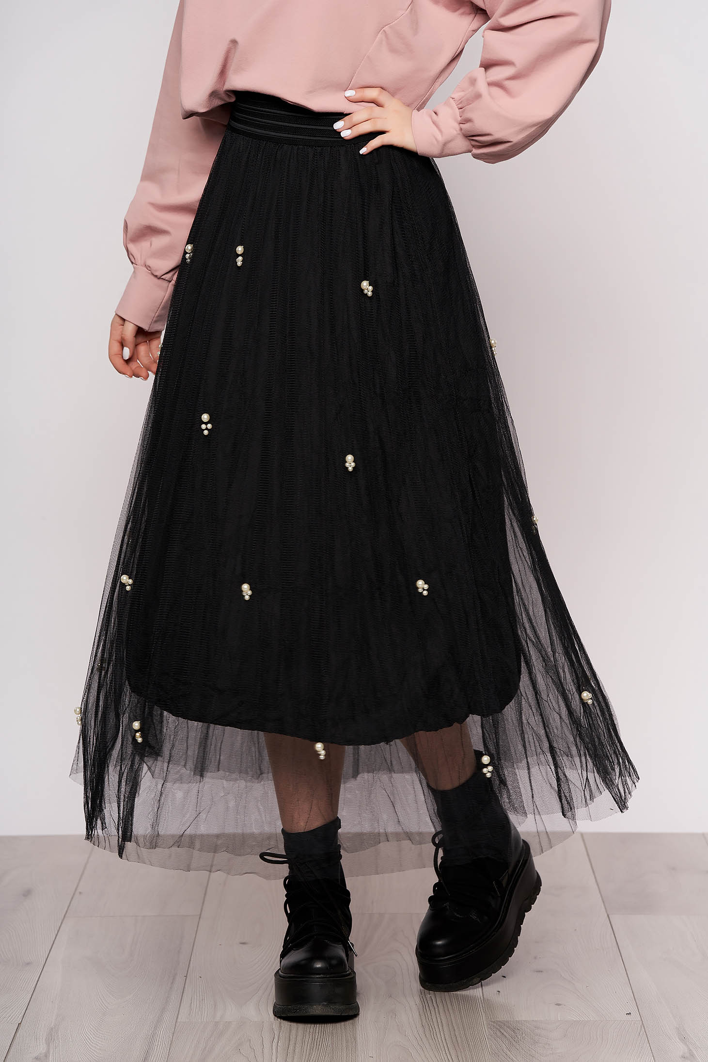 Black casual high waisted midi skirt from tulle with pearls