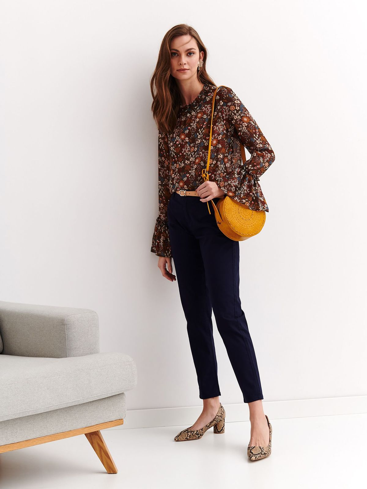 Darkblue trousers casual conical accessorized with belt
