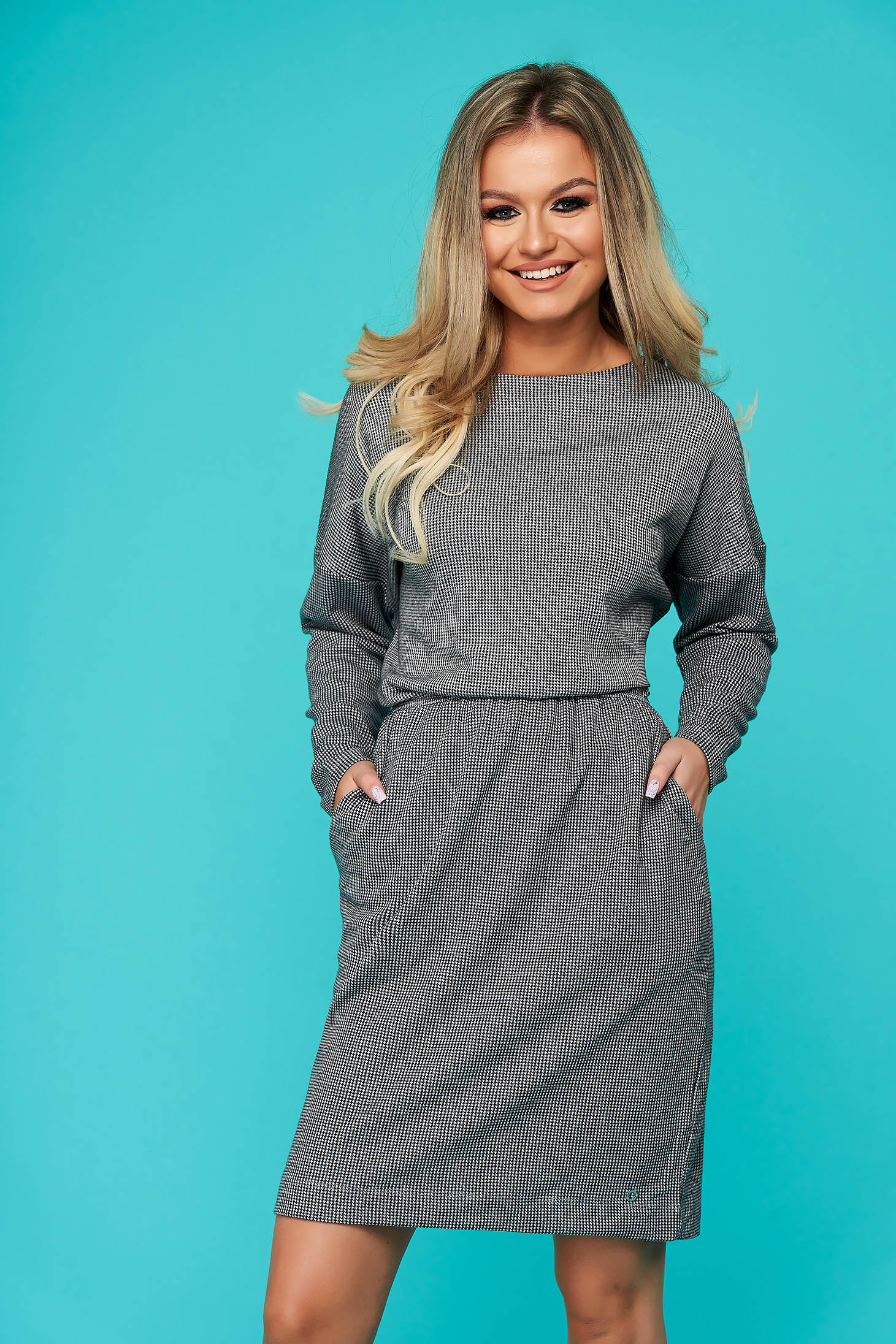 Grey dress daily cloche with elastic waist long sleeved with pockets