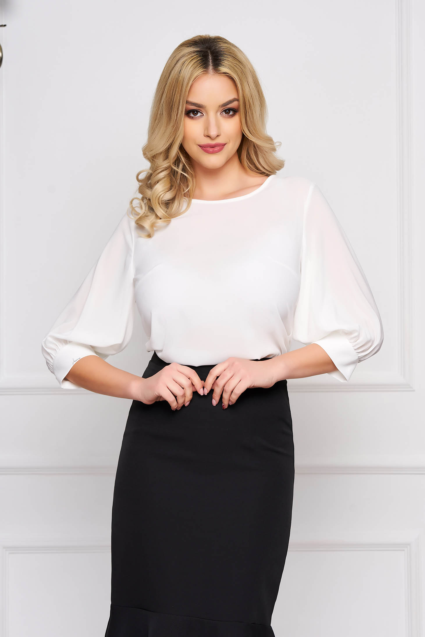 StarShinerS white women`s blouse elegant short cut flared with rounded cleavage airy fabric large sleeves