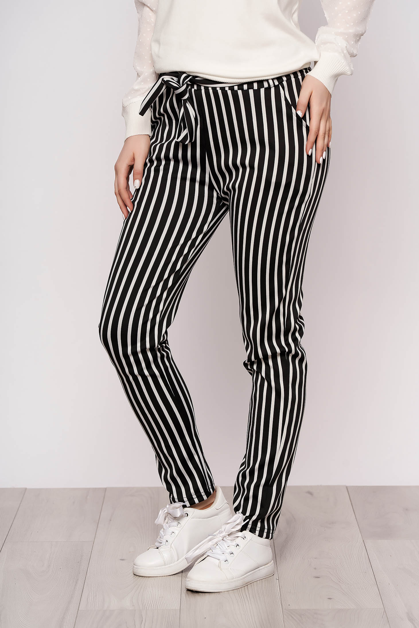 Black trousers casual thin fabric with pockets detachable cord with stripes
