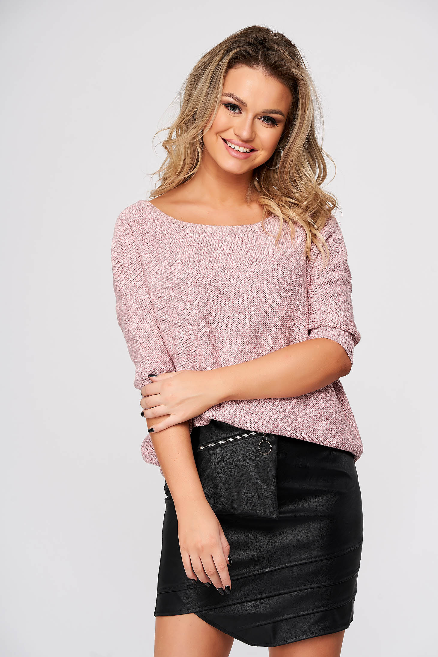 Pink sweater casual with easy cut knitted fabric