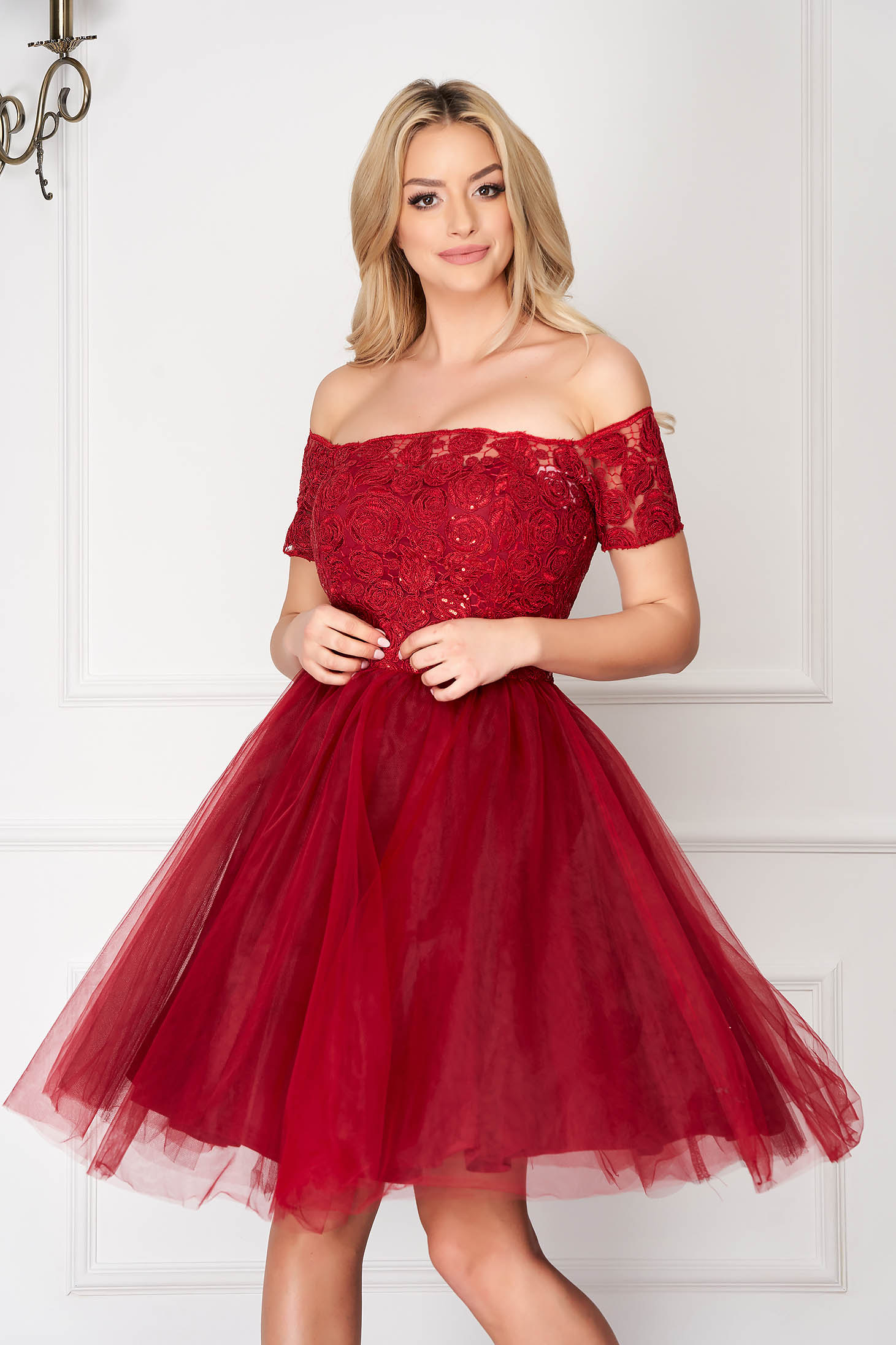 Burgundy dress occasional short cut from tulle off-shoulder