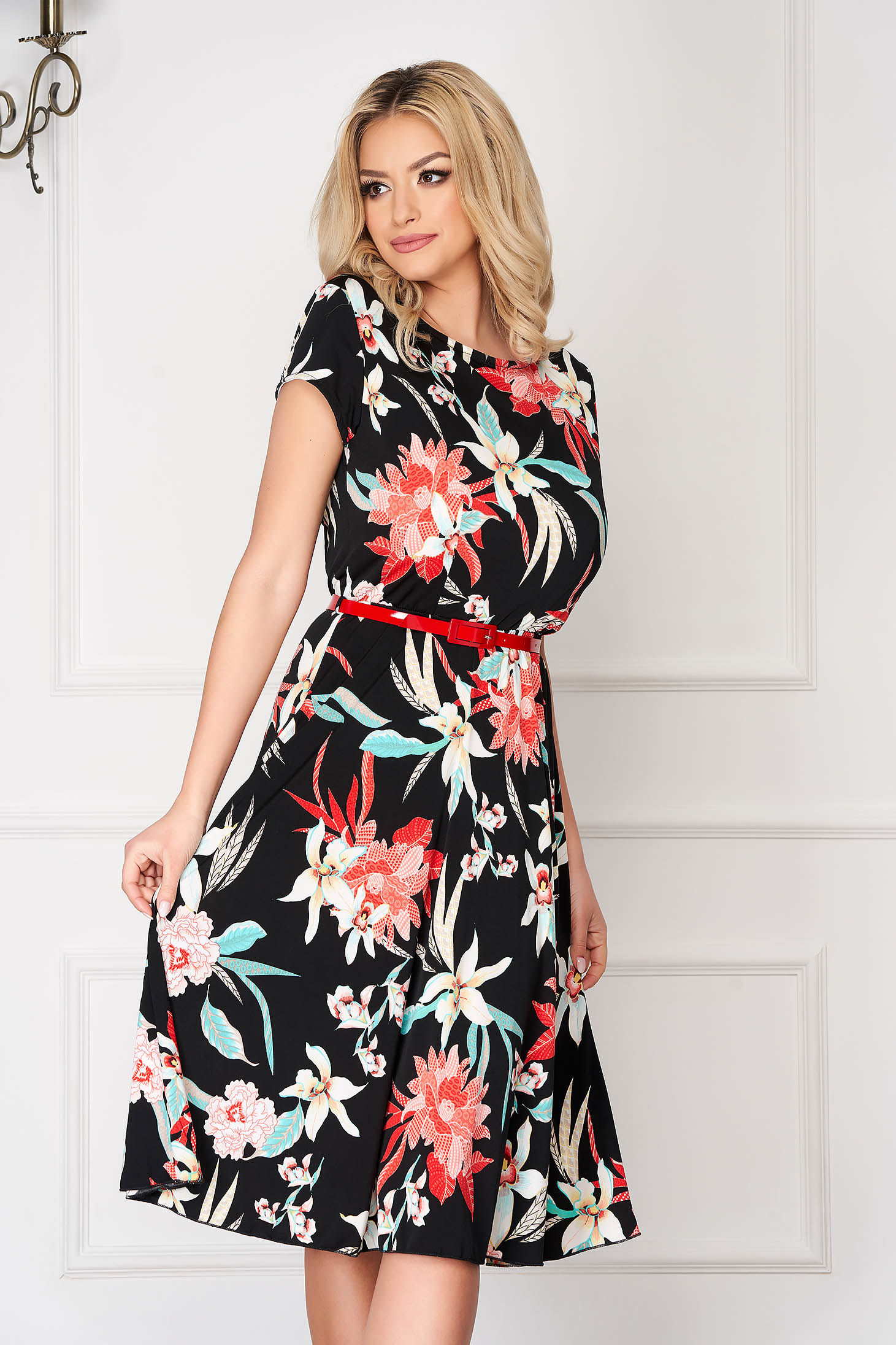 StarShinerS black office short cut cloche dress with graphic print accessorized with belt short sleeves