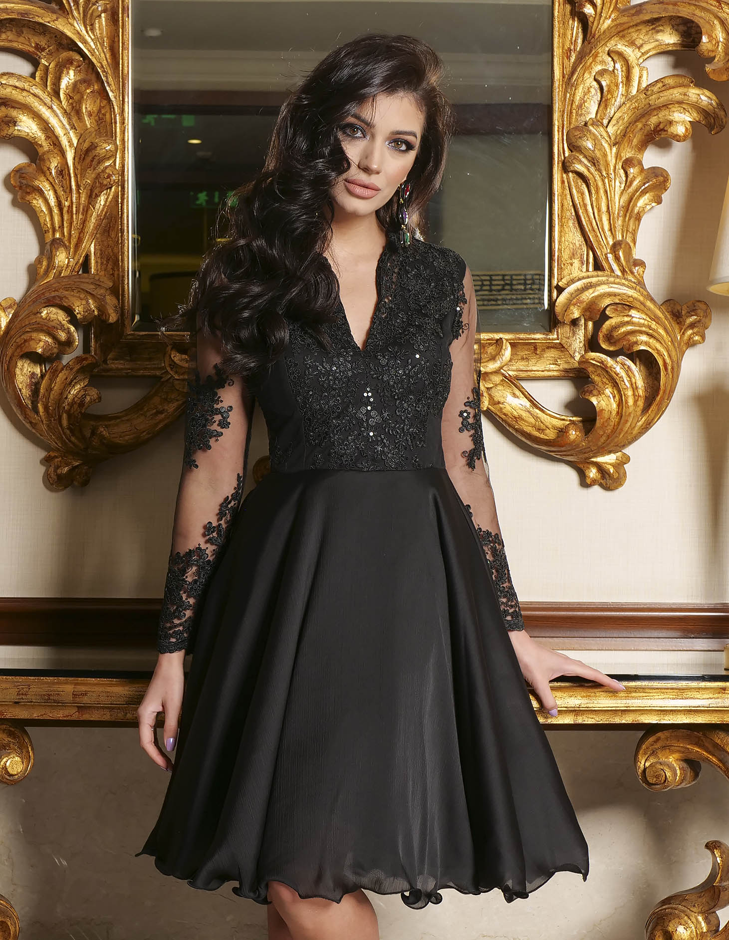 Black dress lace and sequins details with v-neckline occasional cloche short cut