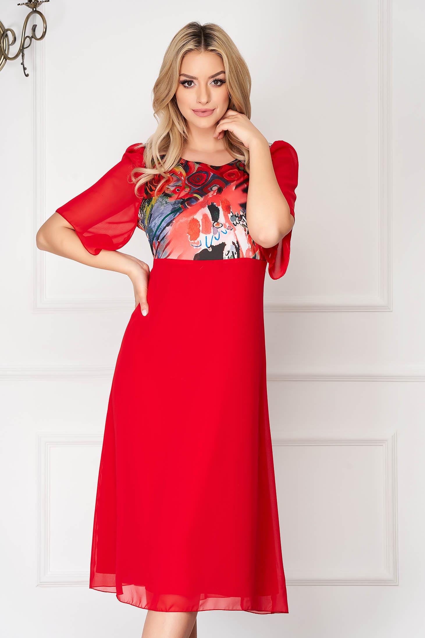 Rochie rosie eleganta midi din voal cu un croi drept si decolteu la baza gatului