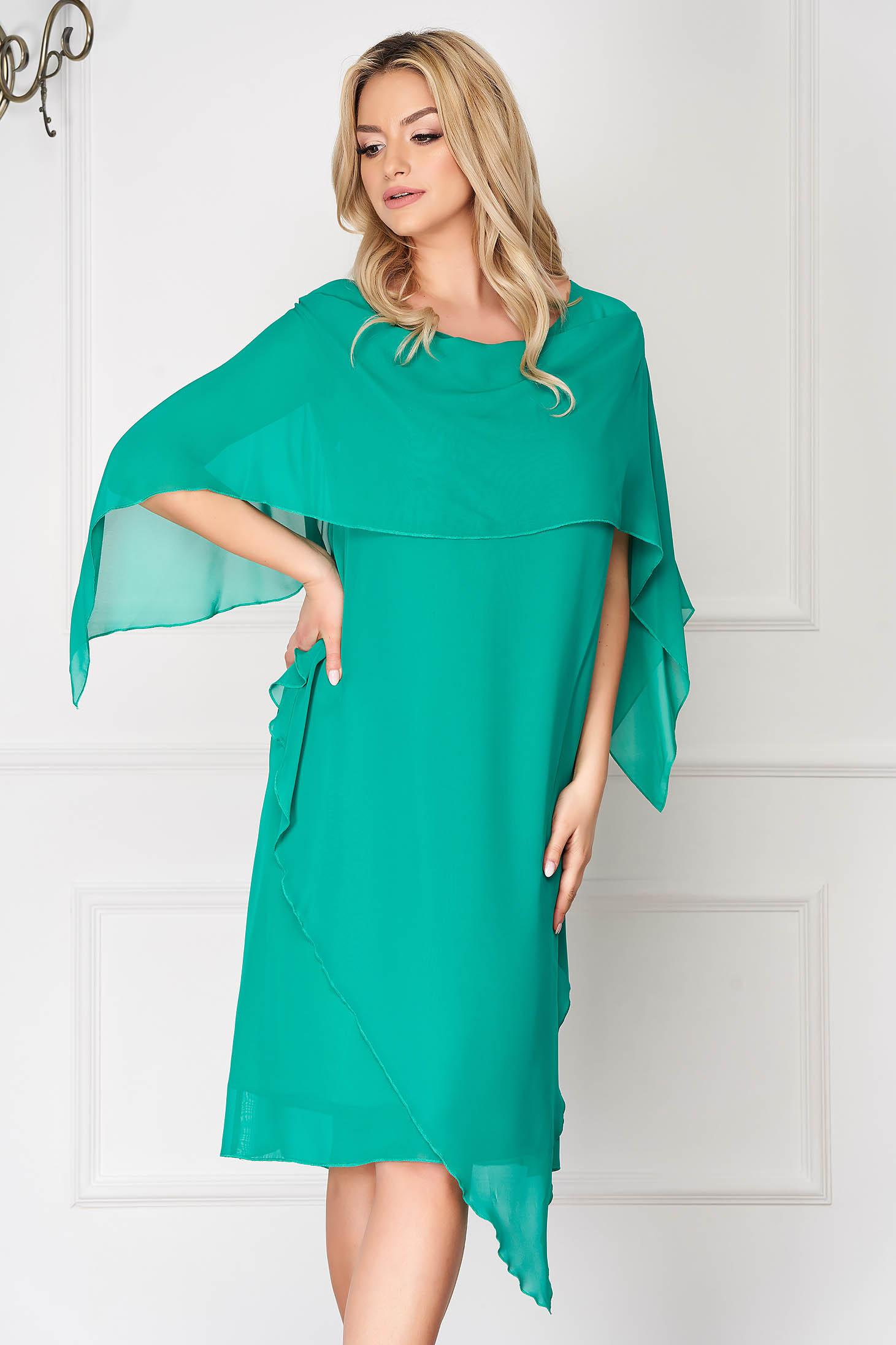 Rochie verde eleganta asimetrica din voal cu un croi drept si suprapunere cu voal