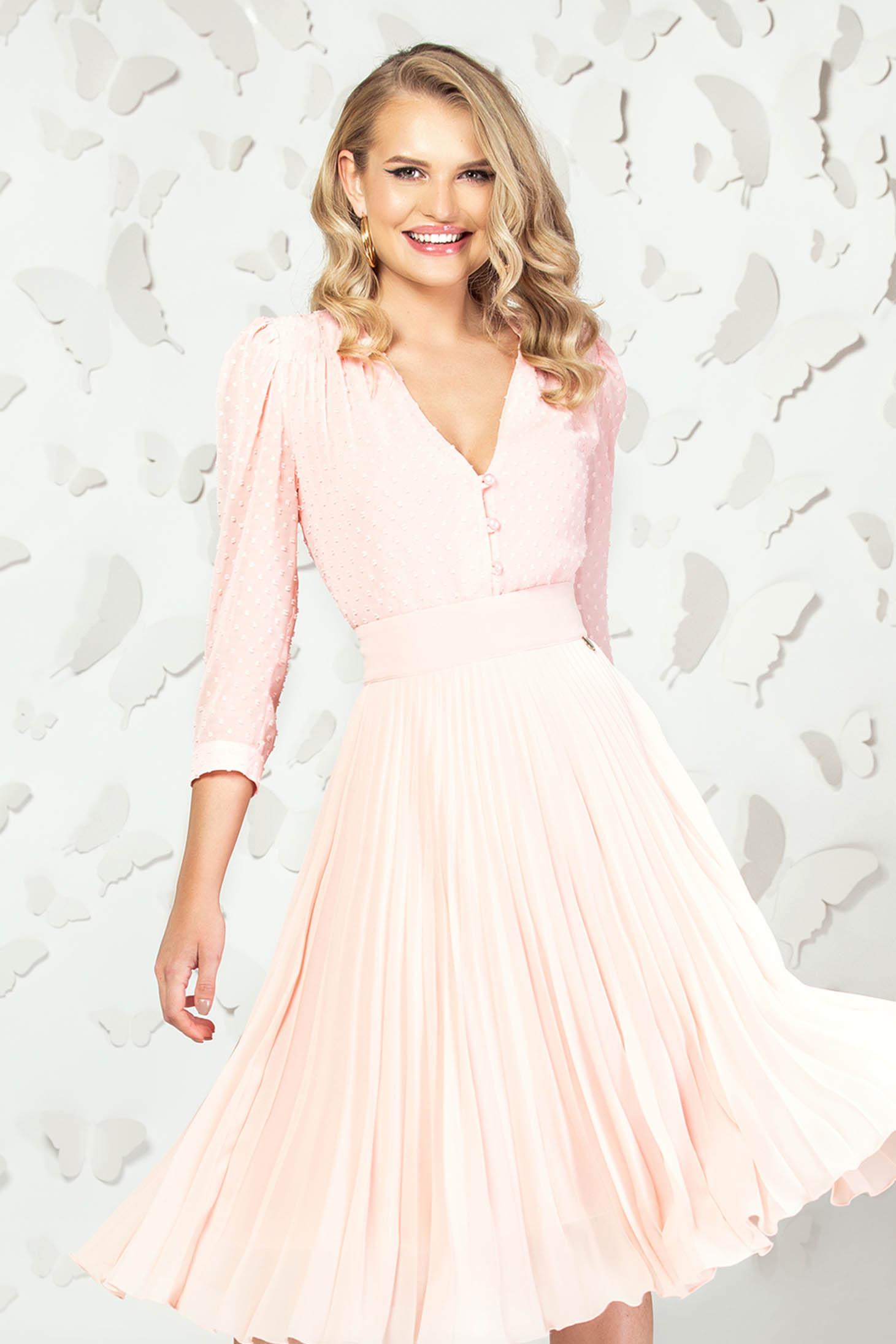Bluza dama PrettyGirl roz prafuit eleganta scurta din voal cu aplicatii din plumeti