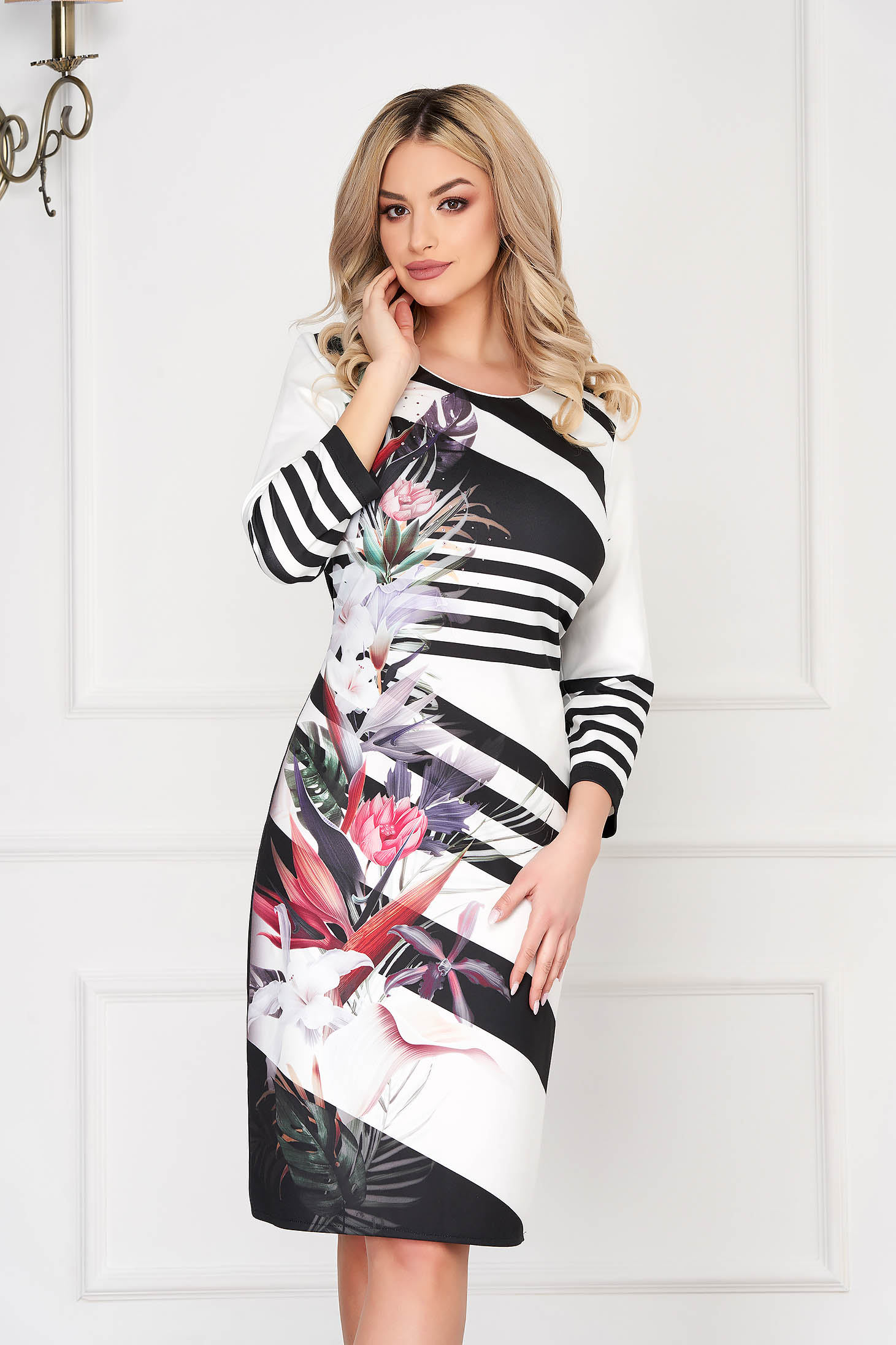 StarShinerS black dress office midi pencil with 3/4 sleeves with rounded cleavage