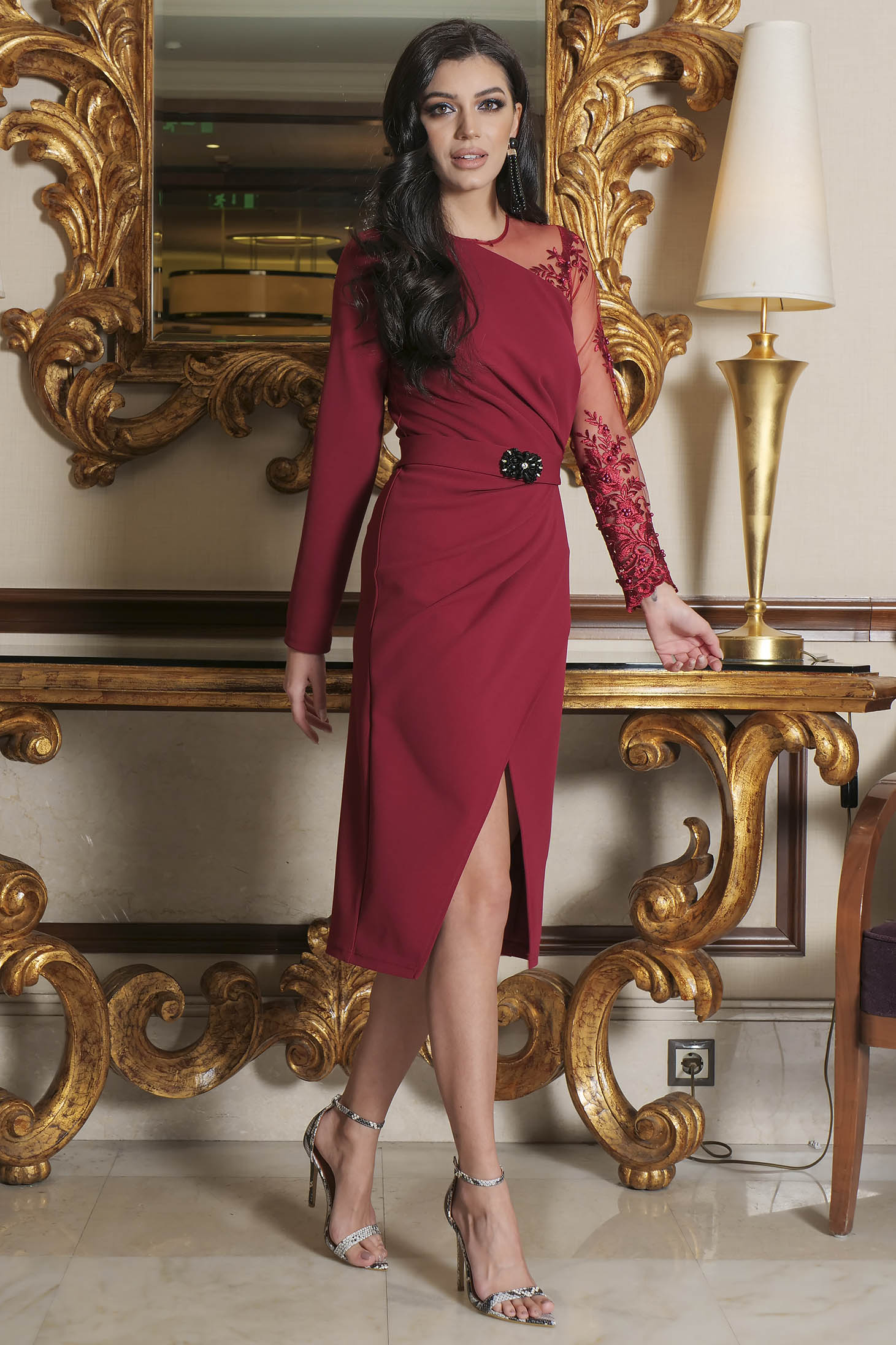 Burgundy dress occasional short cut pencil laced cloth long sleeved