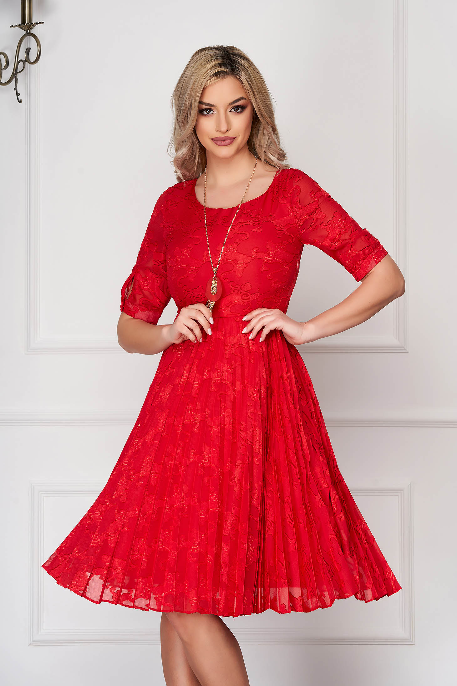 Red dress elegant midi cloche laced folded up accesorised with necklace