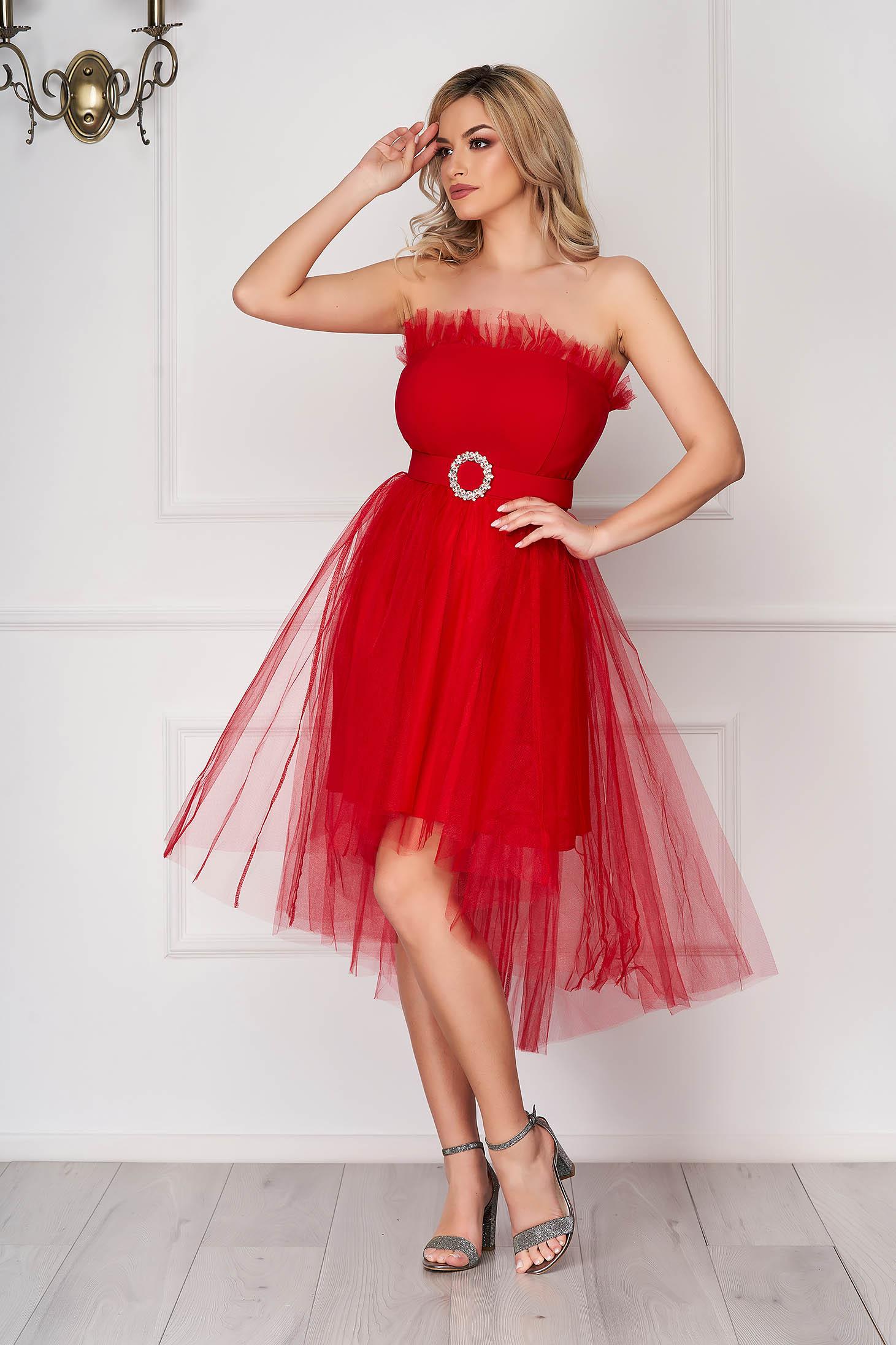 Rochie rosie scurta de ocazie asimetrica in clos din tul fara bretele