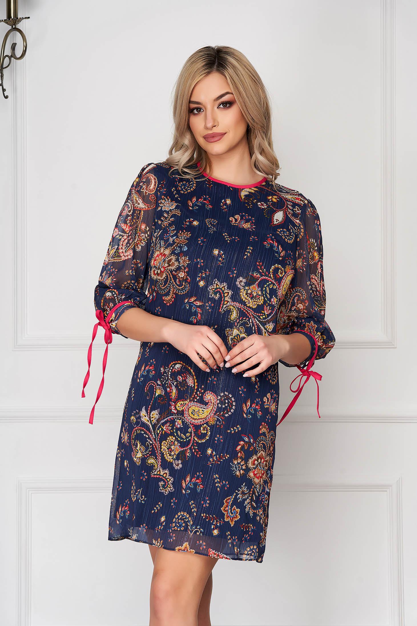 Rochie albastru-inchis scurta de zi cu un croi drept din voal cu fir lame si maneci trei-sferturi