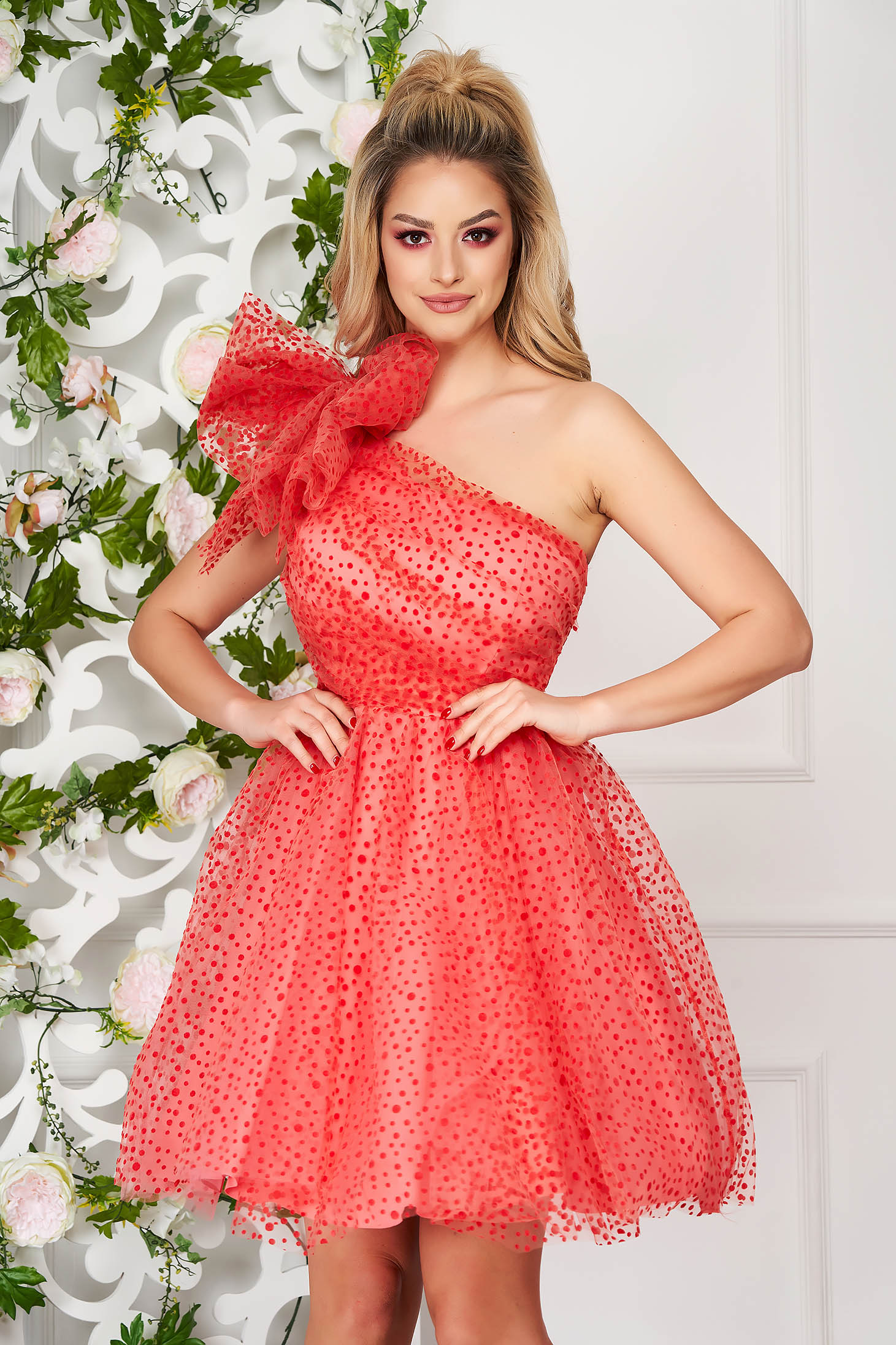 Coral dress occasional short cut cloche from tulle one shoulder plumeti