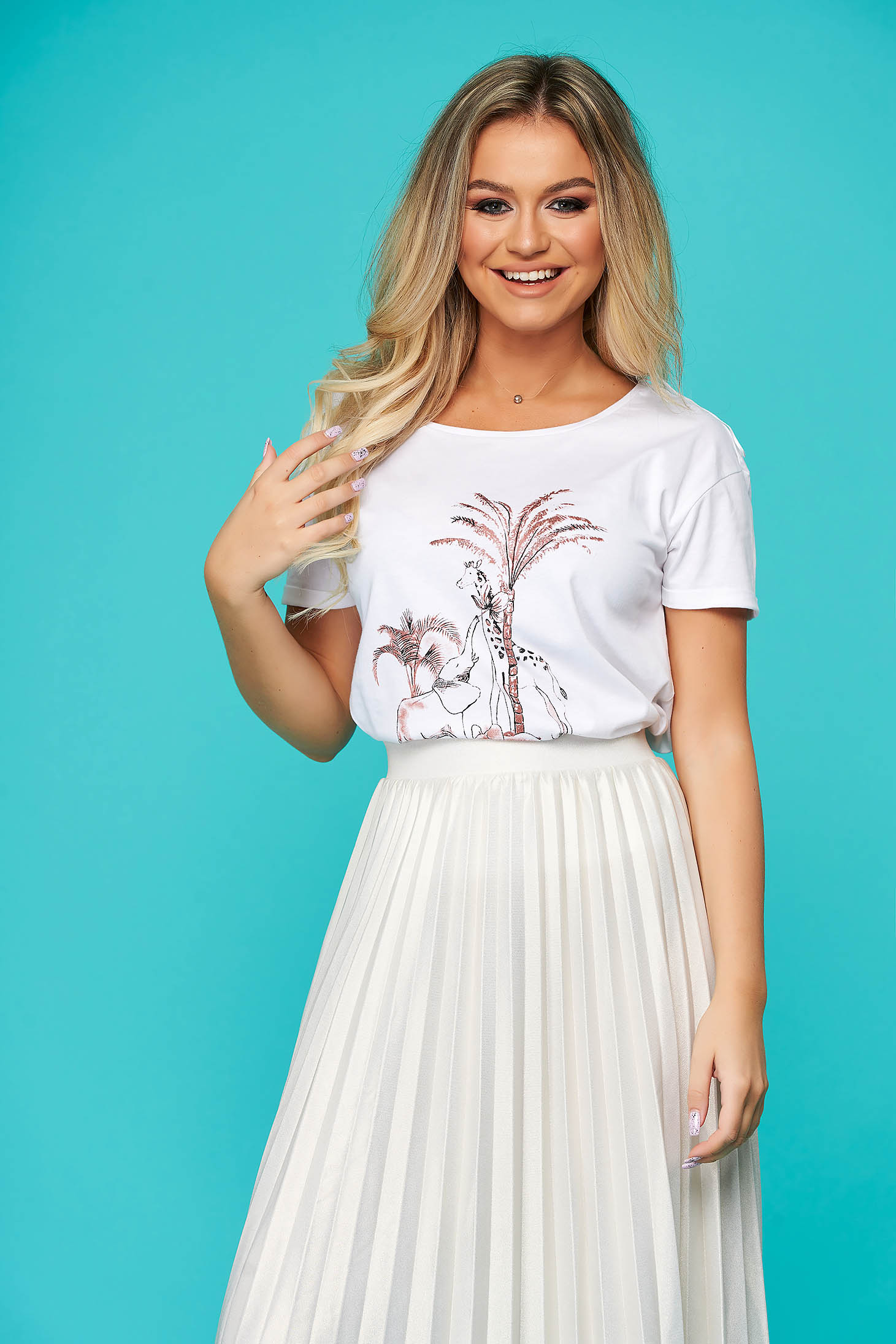 White t-shirt casual flared with graphic print cotton with graphic details