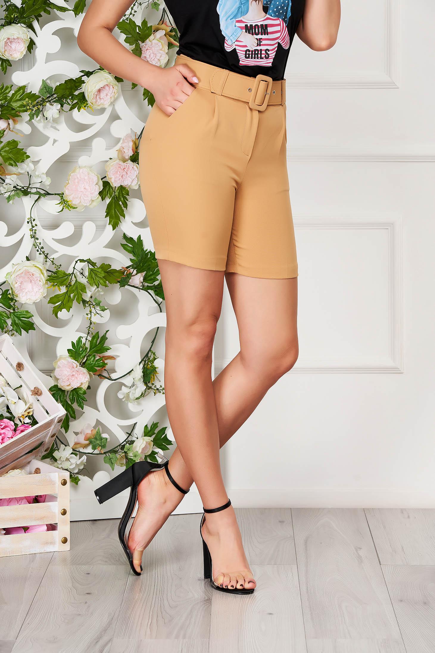 Pantalon scurt SunShine crem elegant mulat din material subtire cu talie inalta