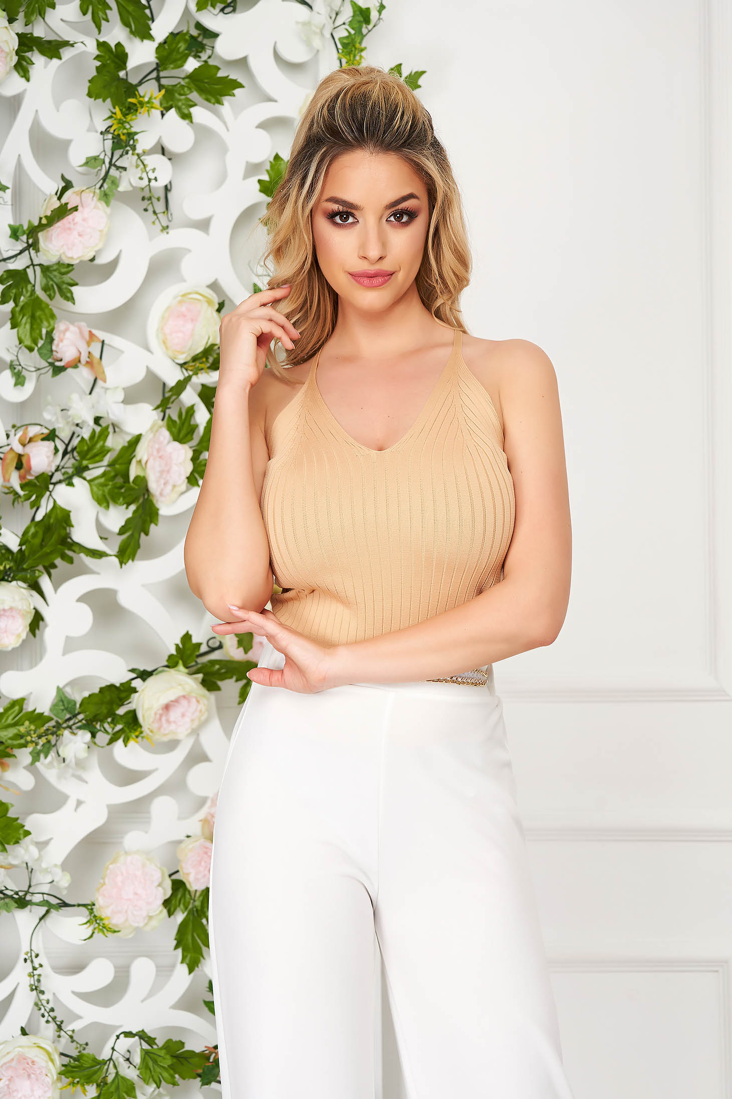 Top shirt cream casual tented with straps with deep cleavage knitted