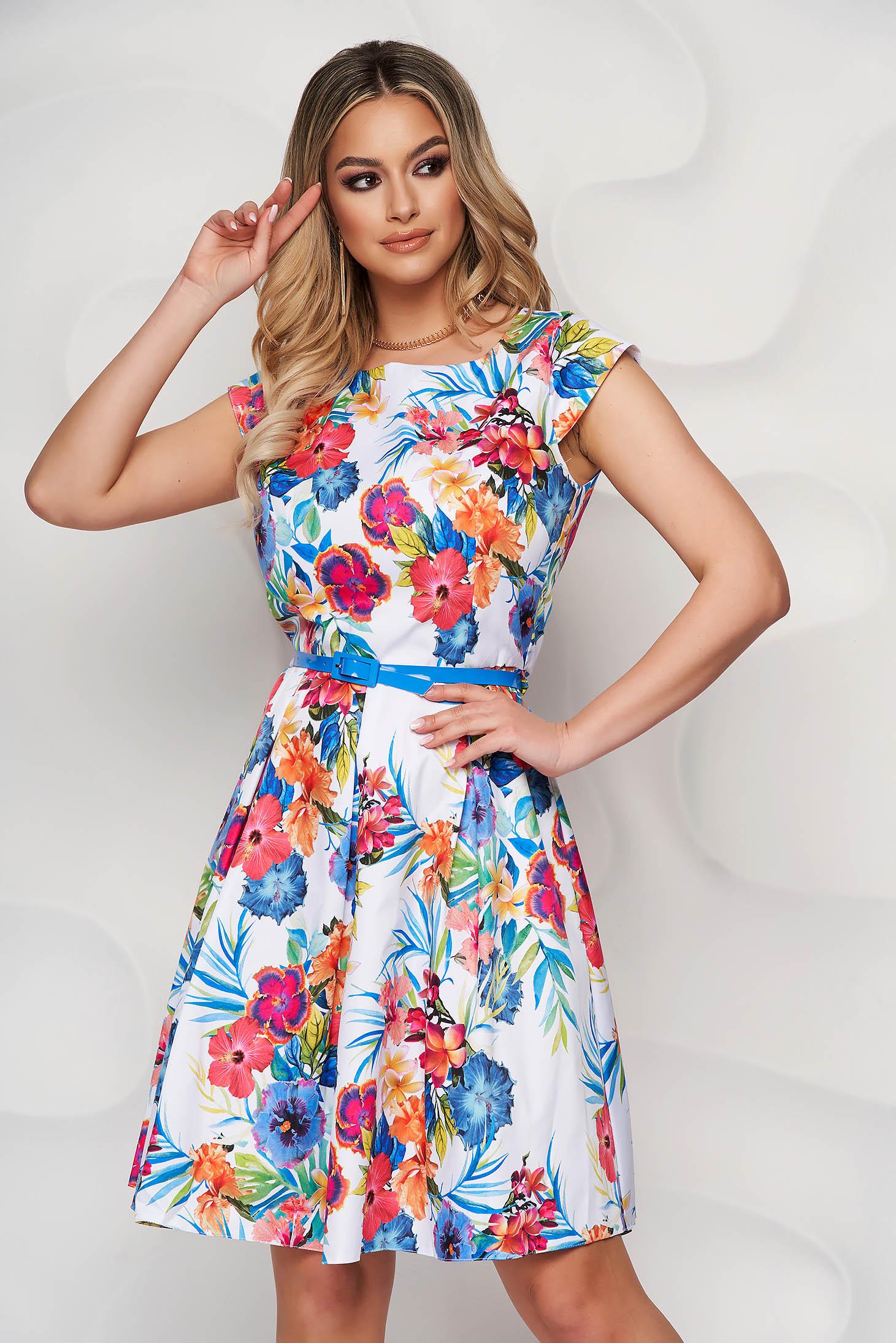 Rochie albastra scurta in clos cu maneci scurte cu accesoriu tip curea