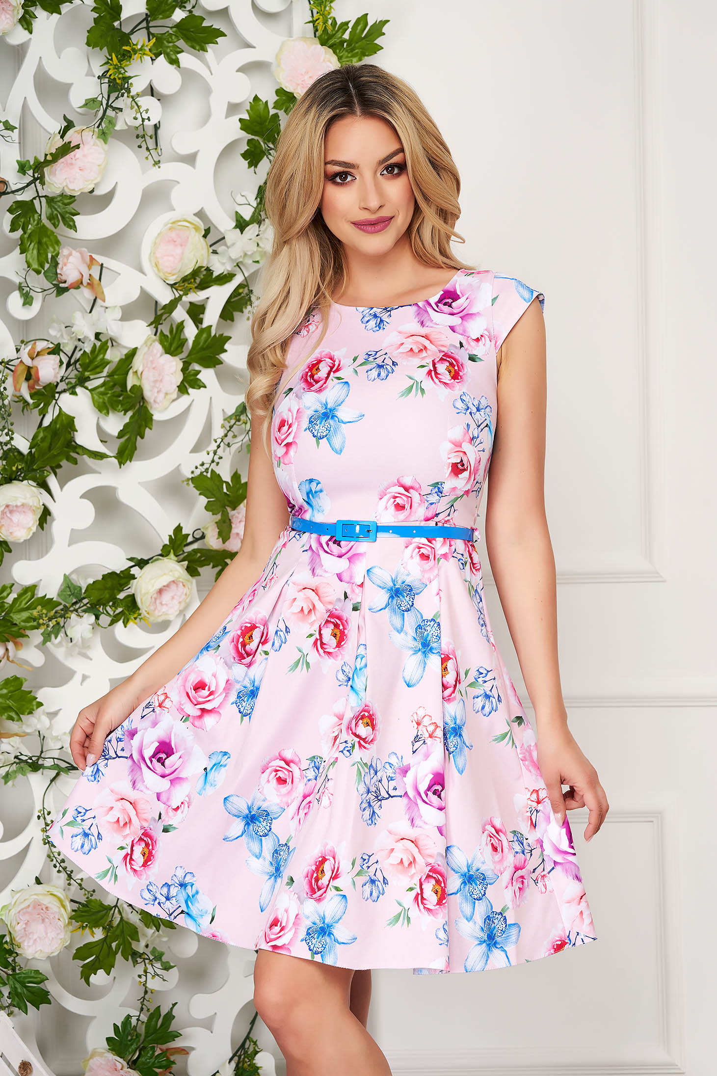 StarShinerS lightpink office short cut cloche dress short sleeves accessorized with belt