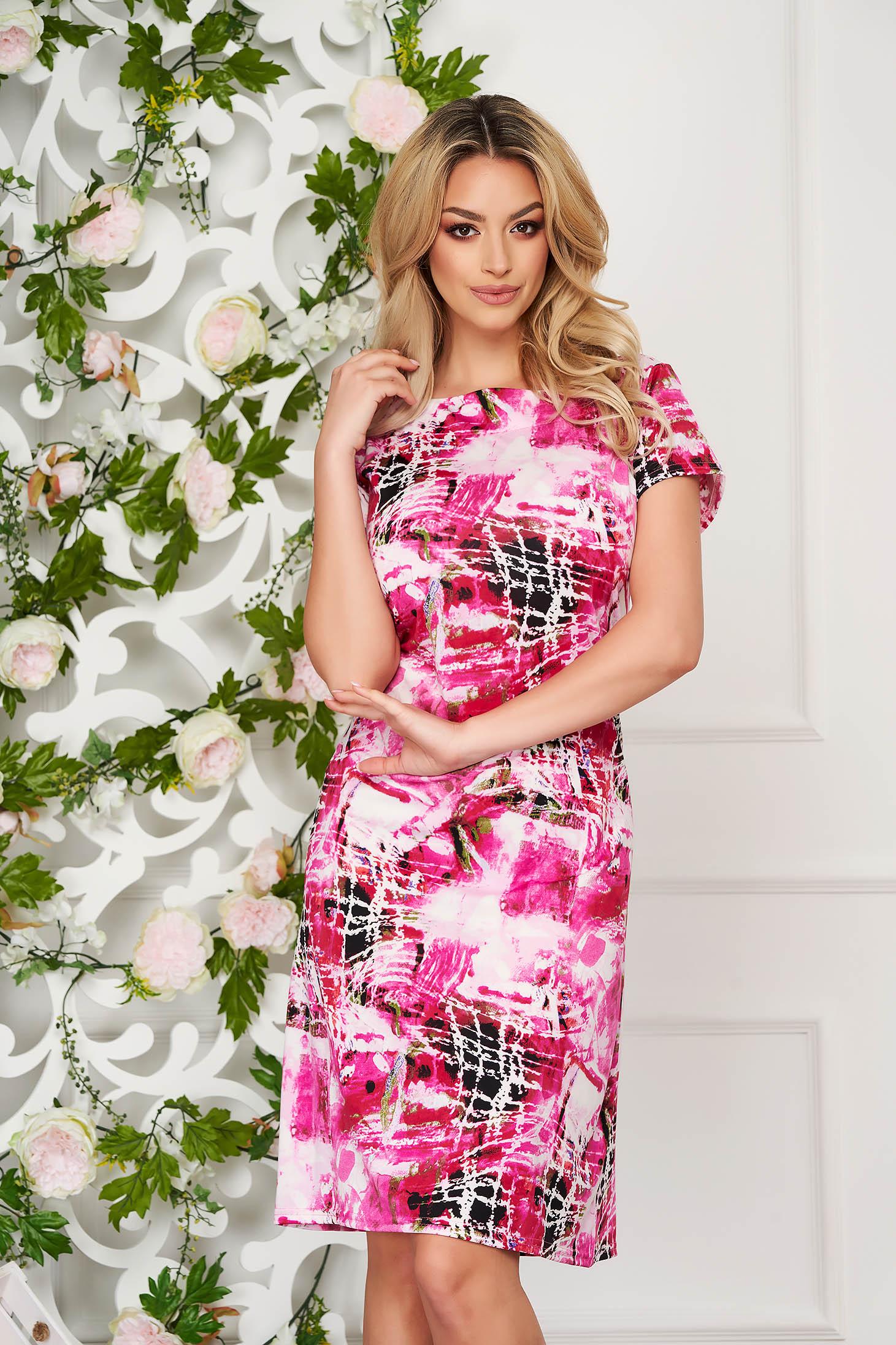 Rochie StarShinerS roz eleganta midi cu un croi drept din material subtire cu maneci scurte