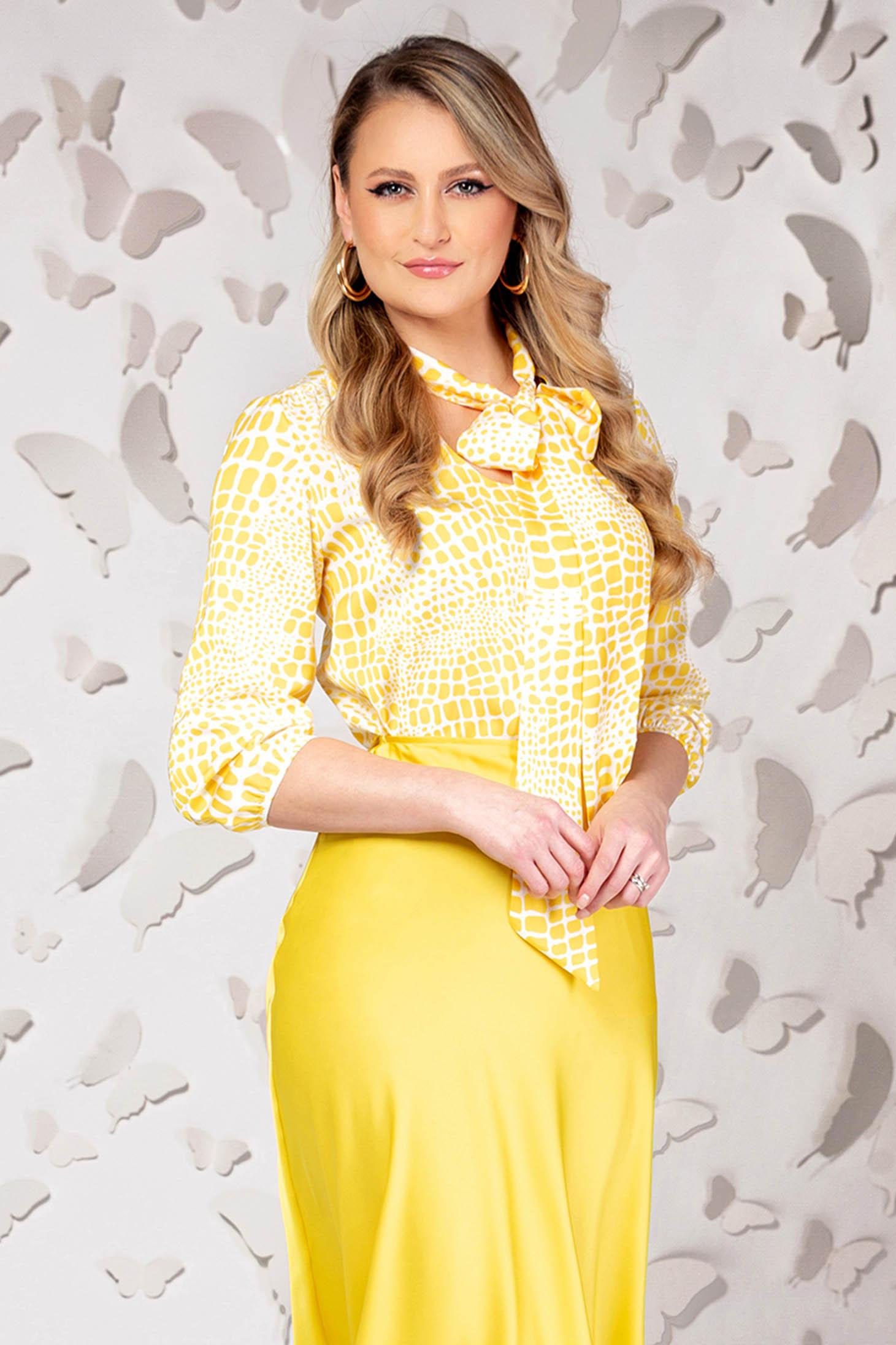 Bluza dama PrettyGirl galbena eleganta din satin cu croi larg si maneci trei-sferturi