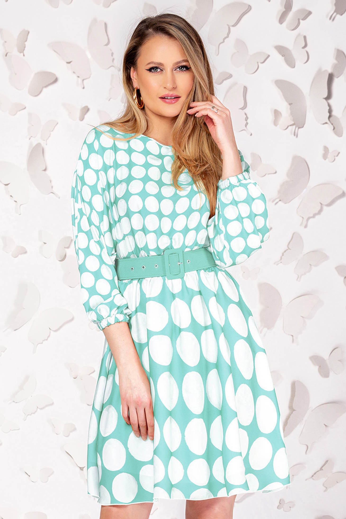 Dress elegant short cut cloche turquoise with 3/4 sleeves