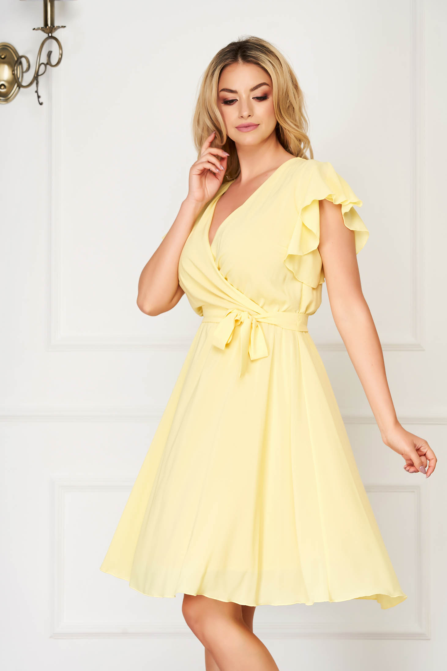 StarShinerS yellow dress elegant midi from veil fabric with deep cleavage