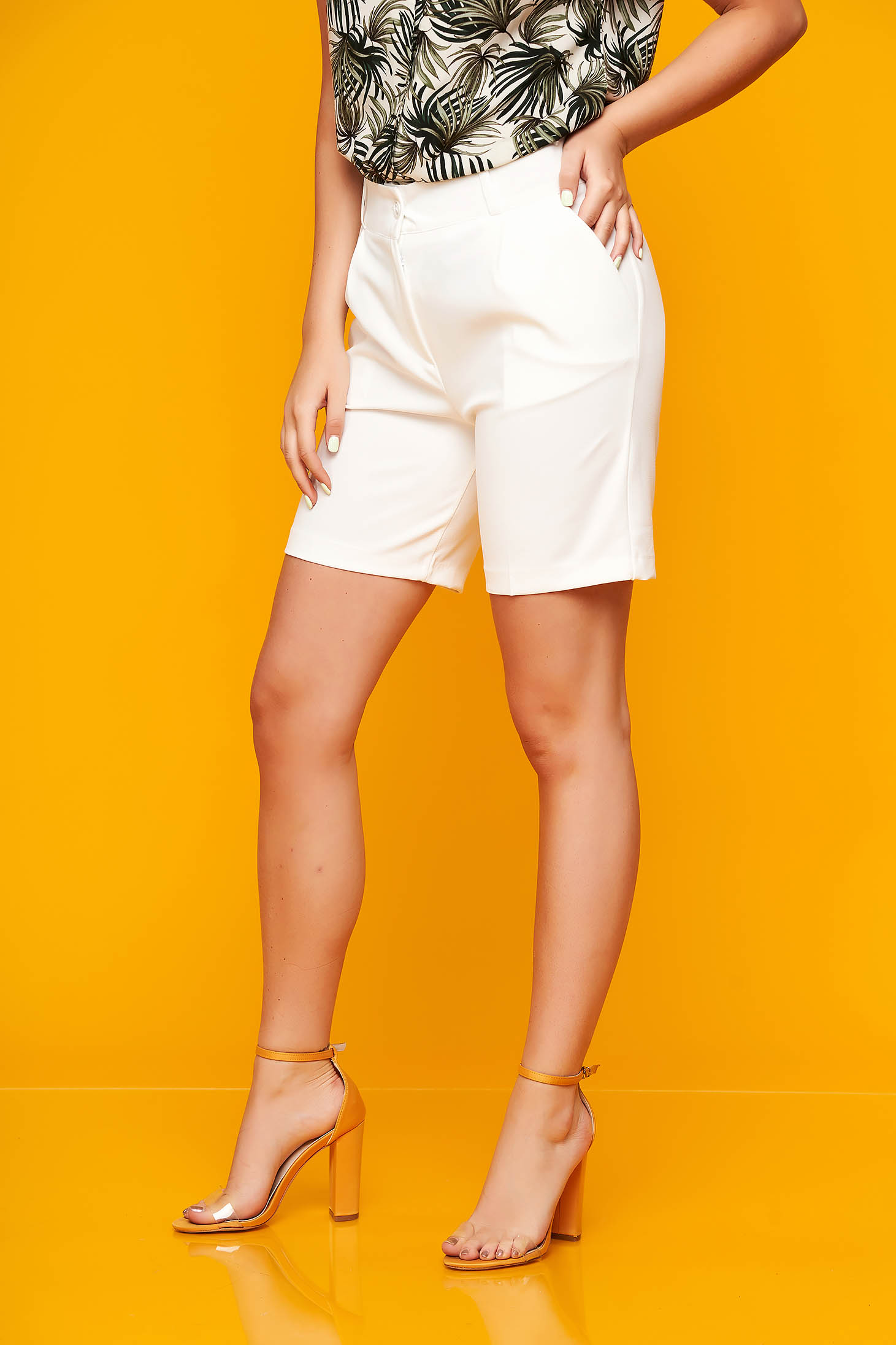 White short casual cloth from elastic fabric tented with pockets