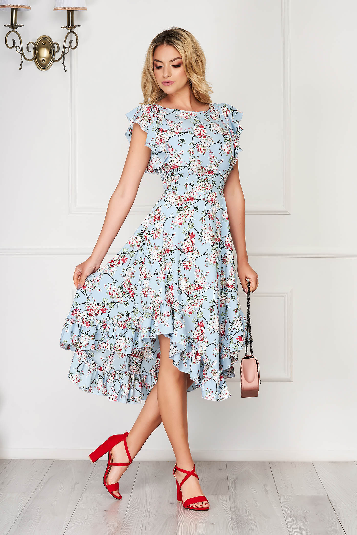 StarShinerS rochie albastra-deschis eleganta midi in clos din material moale cu volanase