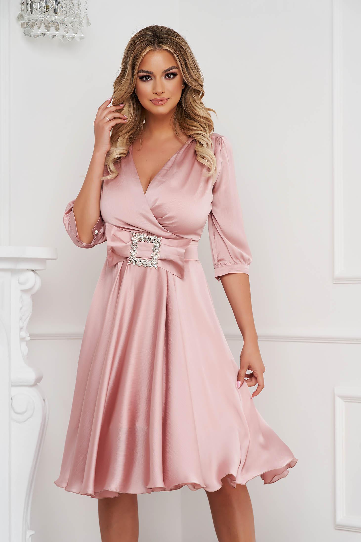 Lightpink dress elegant midi cloche from satin buckle accessory