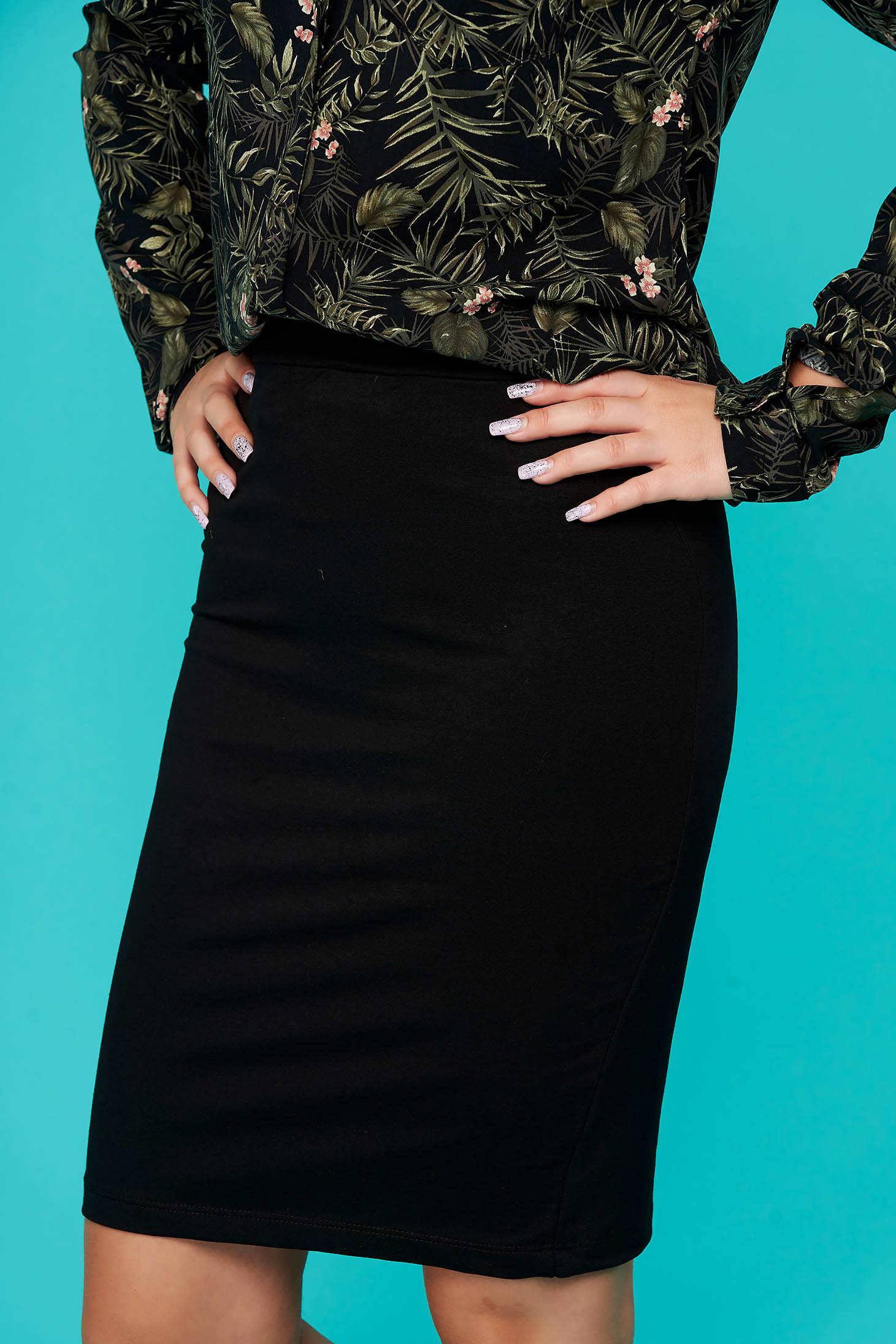 Black skirt short cut pencil cloth thin fabric back slit casual