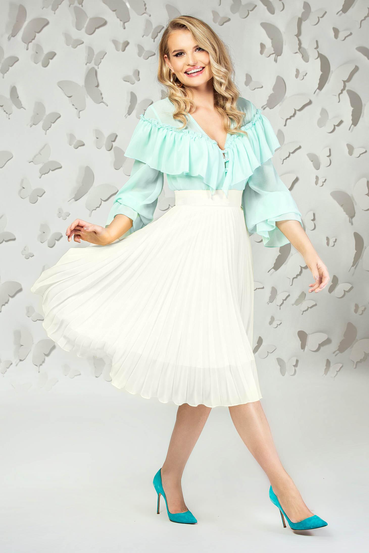 Fusta PrettyGirl alba eleganta midi plisata in clos din voal captusita pe interior