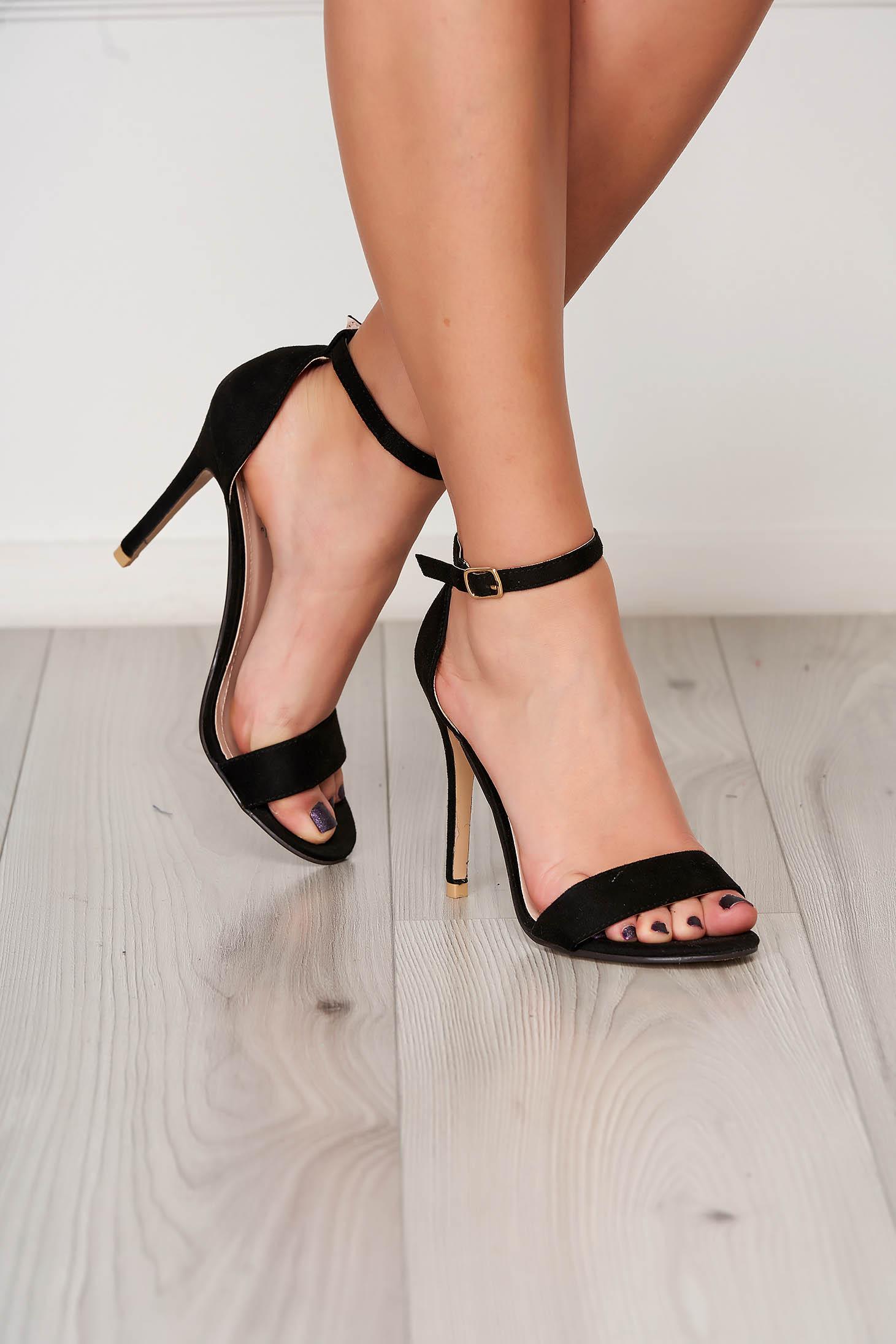 Sandale negre elegante din material catifelat cu barete subtiri